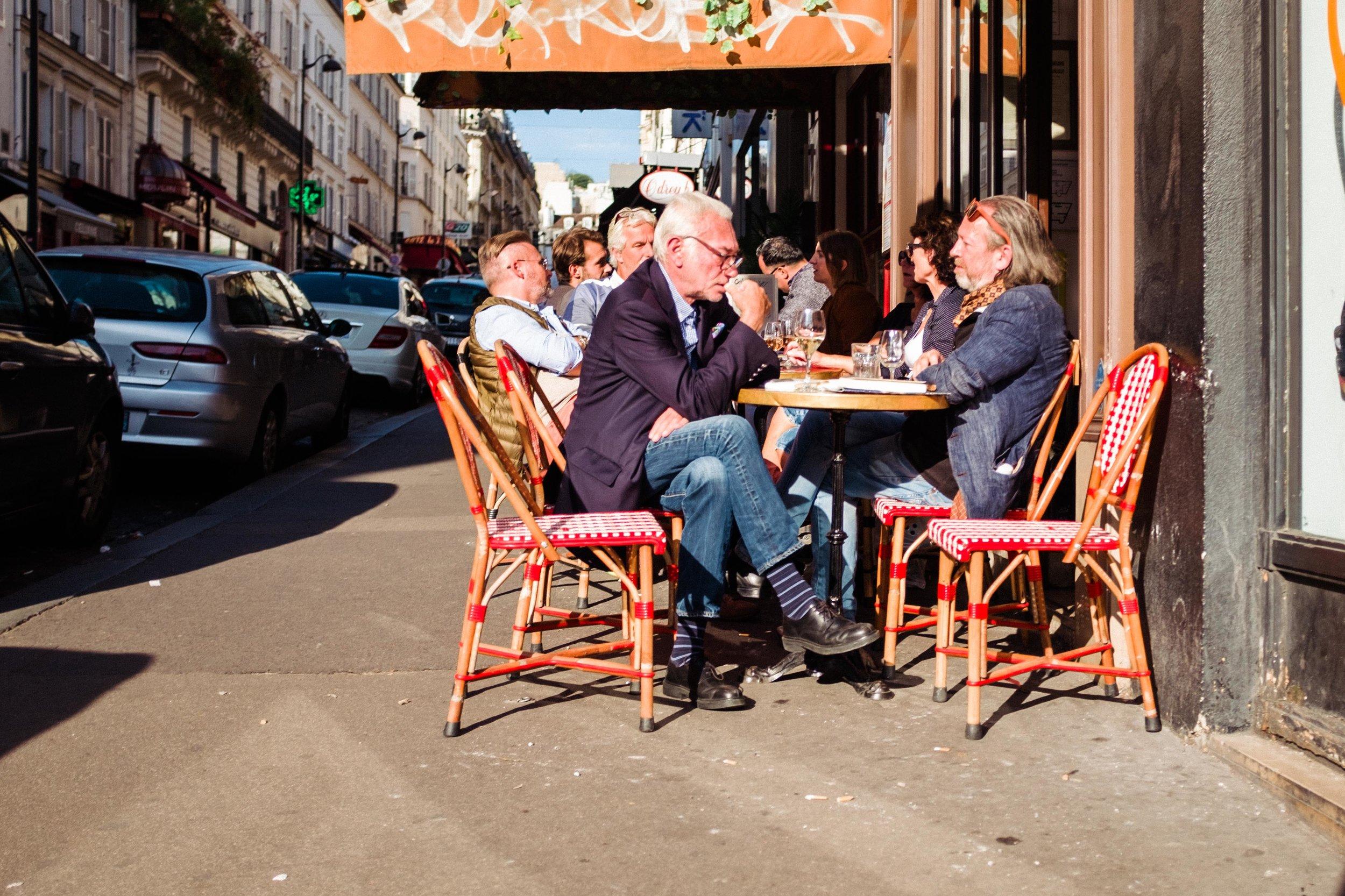 paris-france-sidewalk-cafe-montmartre