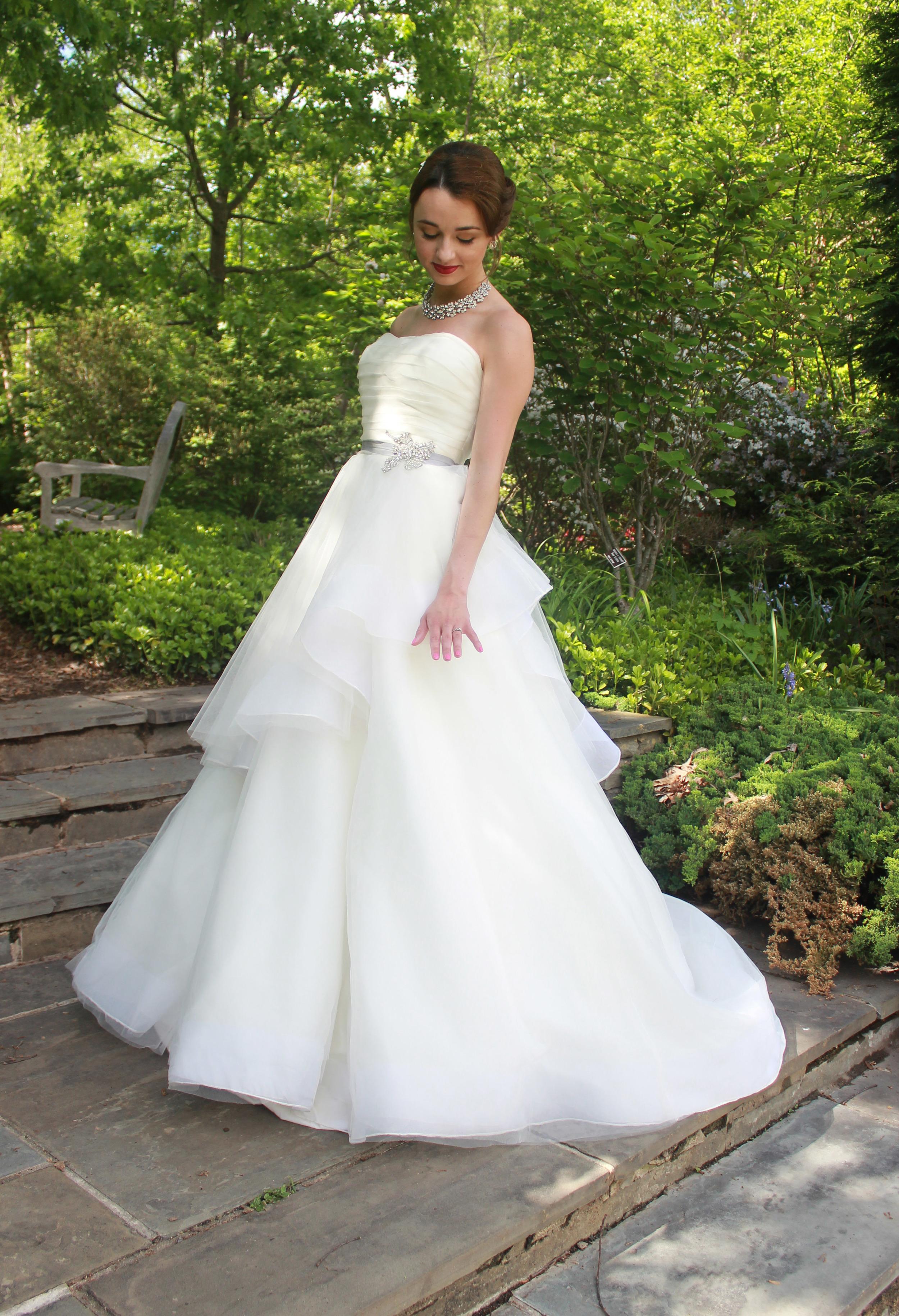 Vintage Glamour Wedding | Bride - Jess Rudolph Photography