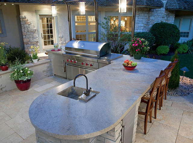 backyard kitchen in petoskey