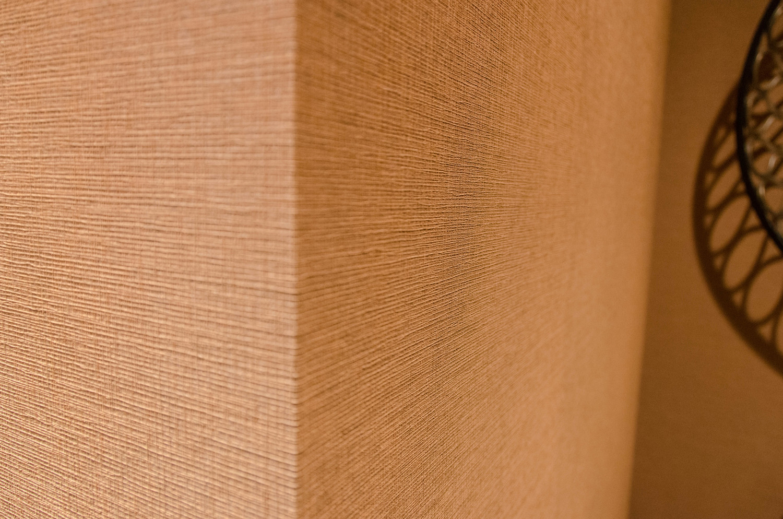 Brown natural grasscloth wallpaper