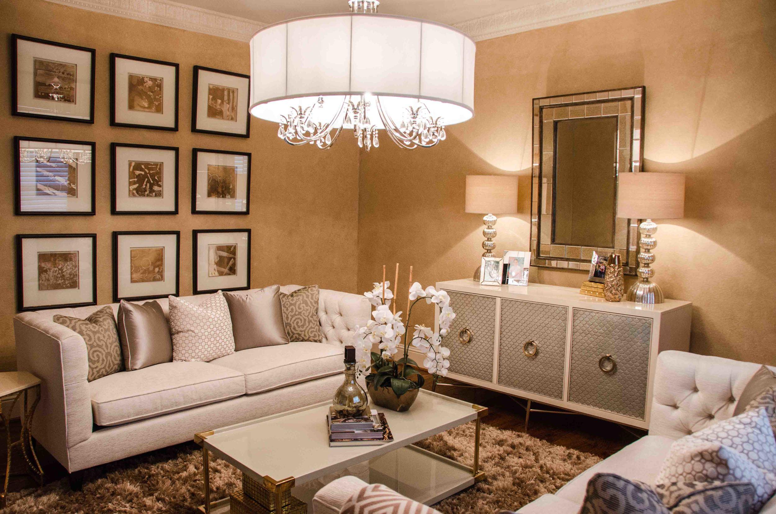 Glamorous traditional formal living room