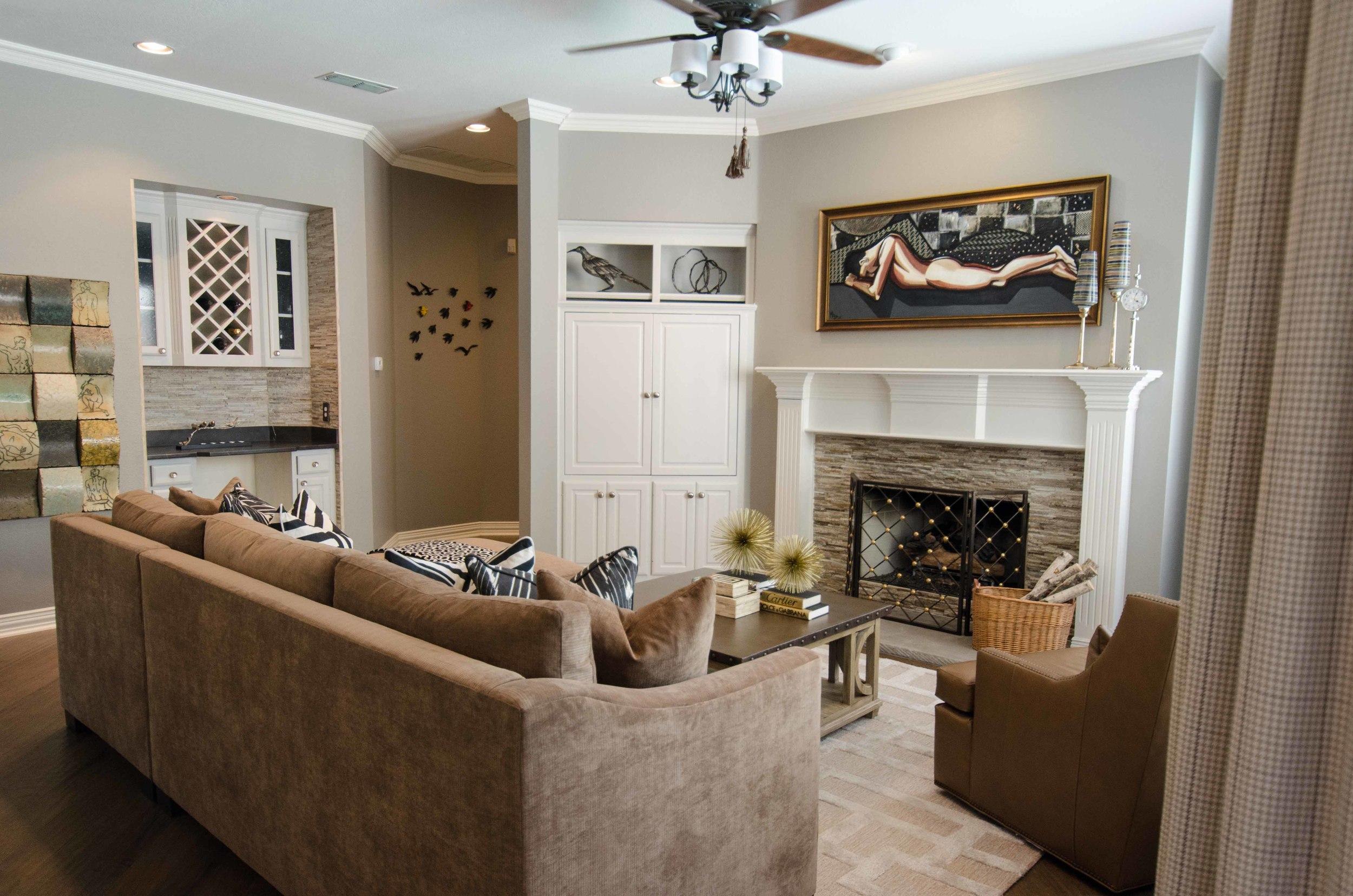 Odd shape living room design
