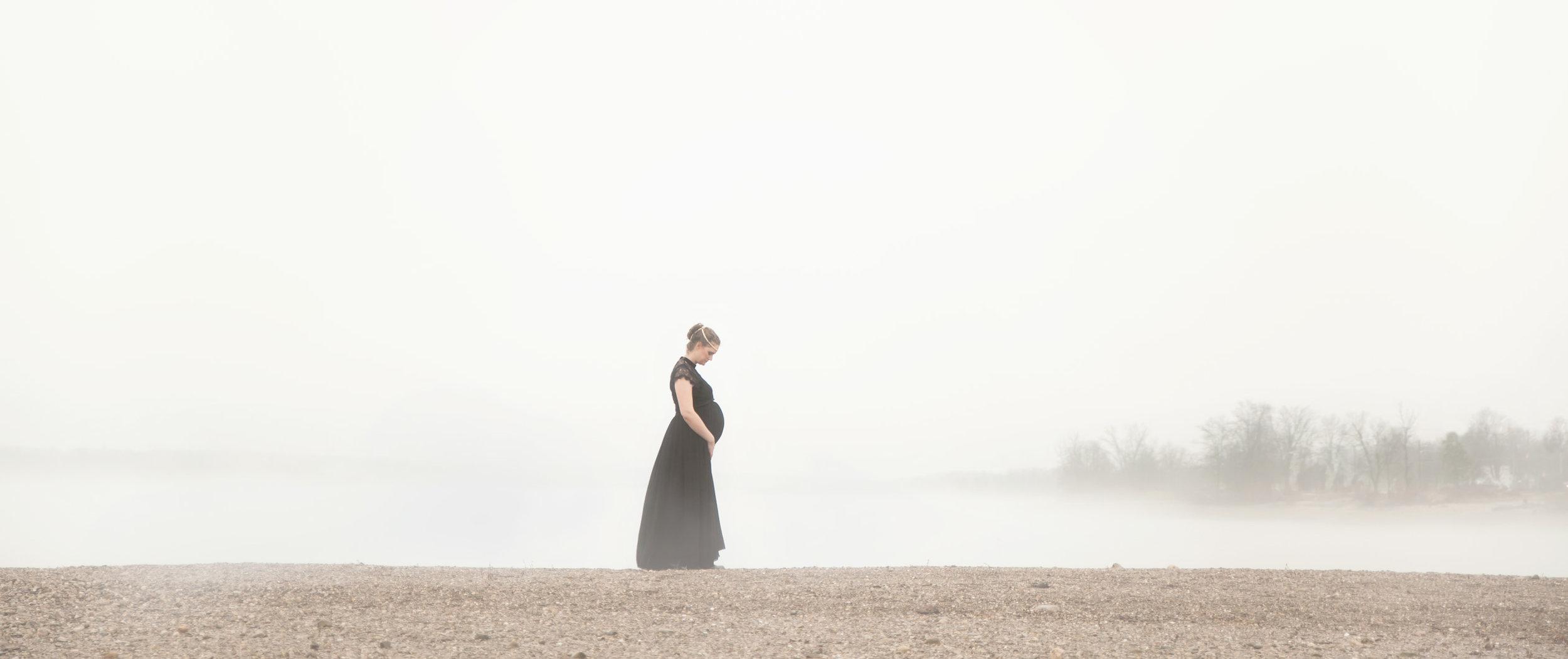 best-maternity-photographer-columbus-ohio-big-fish-stories.jpg