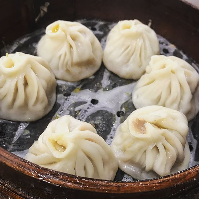 The first store to server soup dumplings 🥟 does have good dumplings! #dumplings #shanghai