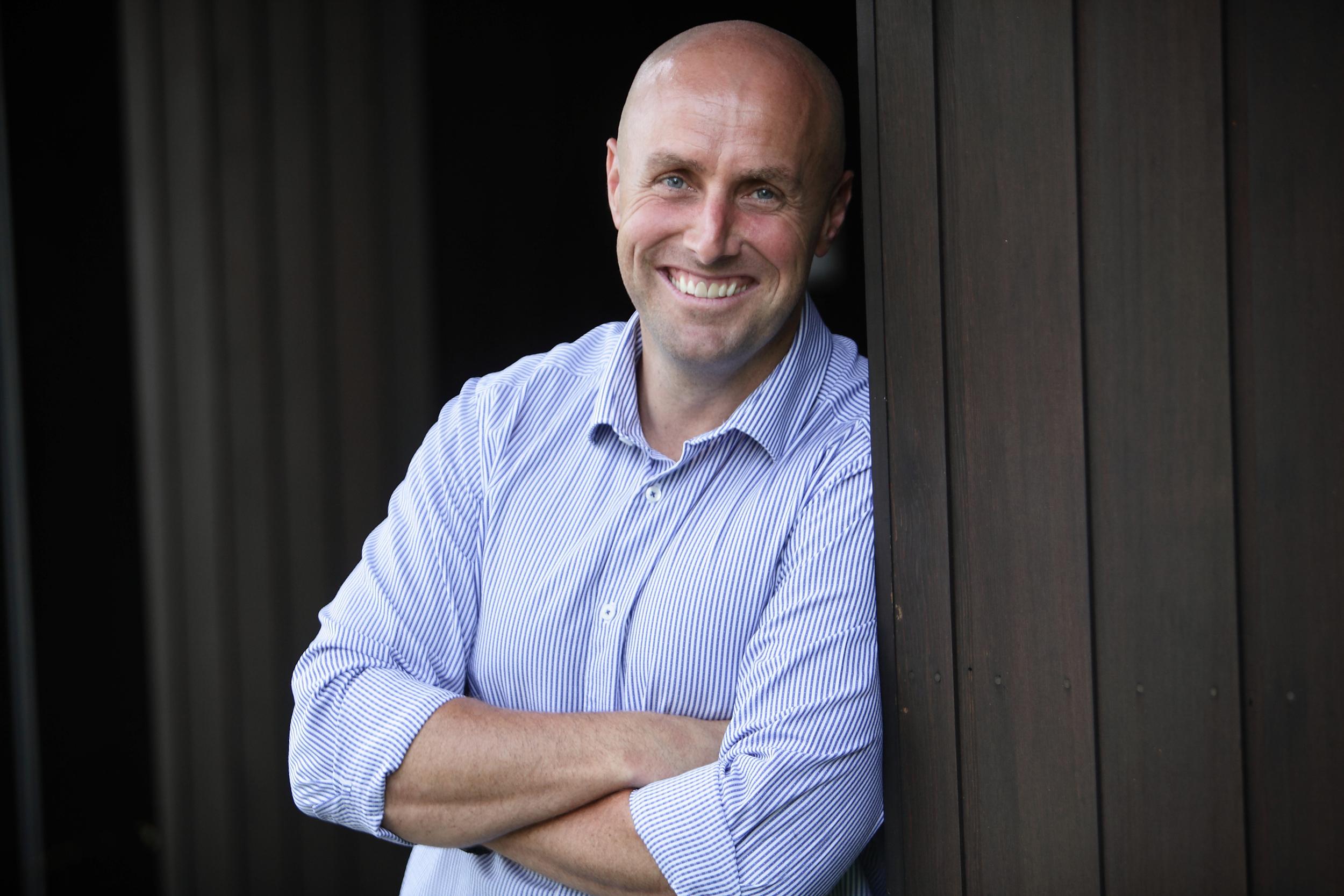 Simon Williams- Director|  Sales