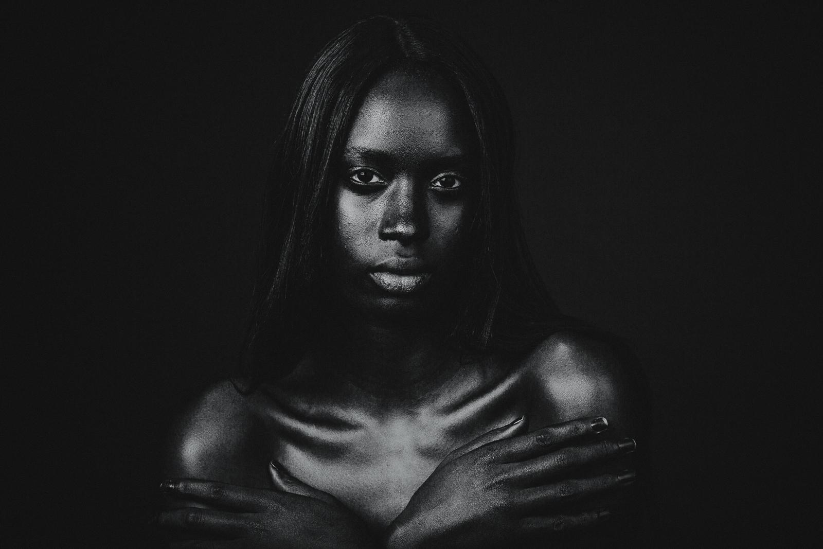 "Studio portrait session ""Black on Black"" with model Nya. Photo by Flavio Scorsato"