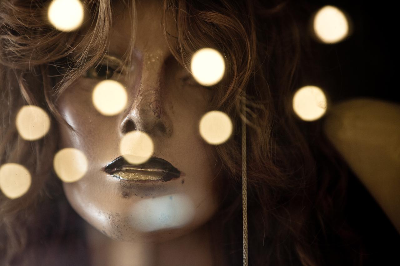 Mannequin photo by Flavio Scorsato