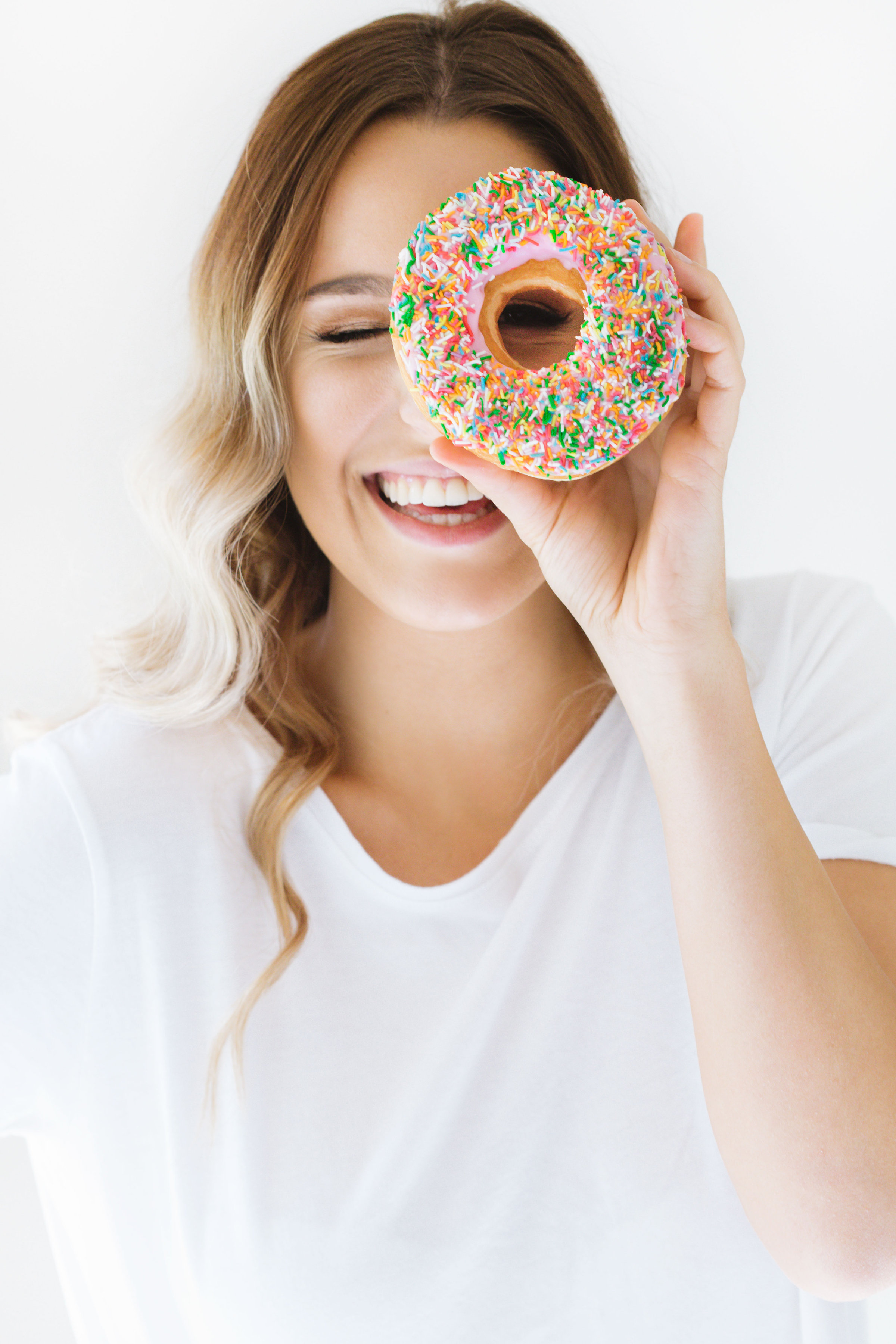 CapturingTheBrand-LeahItsines-Donut2.jpg