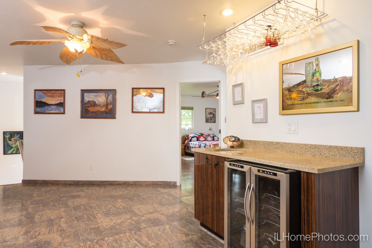 Kitchen/dining areainterior photograph, Delavan, IL :: Illinois Home Photography by Michael Gowin, Lincoln, IL