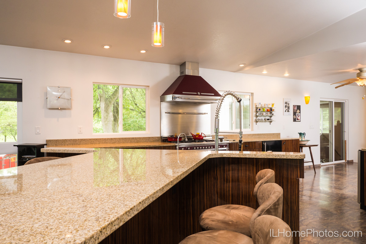 Living/great room interior photograph, Delavan, IL :: Illinois Home Photography by Michael Gowin, Lincoln, IL