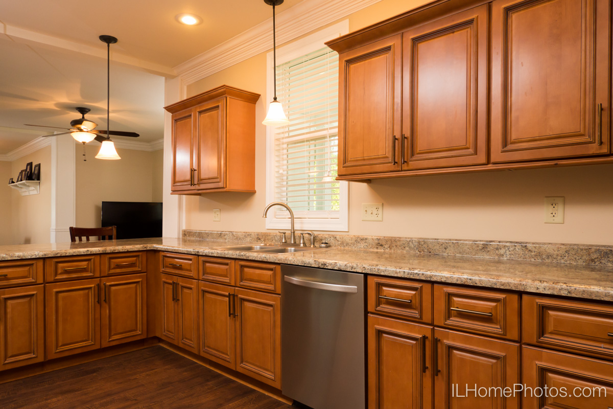 Interior home kitchen photograph for real estate in Delavan, IL :: Illinois Home Photography by Michael Gowin, Lincoln, IL