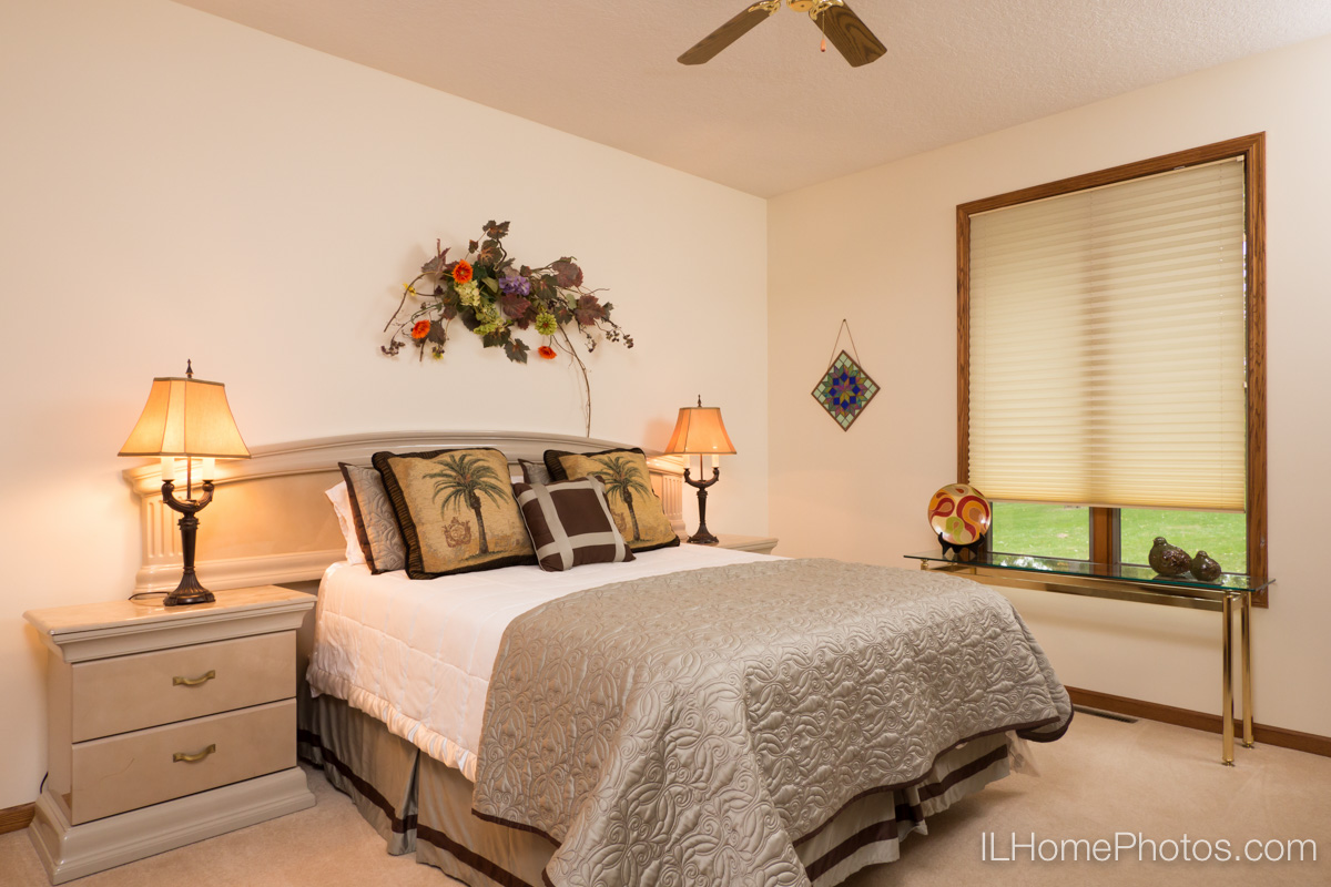Interior bedroom photograph for real estate in Elkhart, IL :: Illinois Home Photography by Michael Gowin, Lincoln, IL