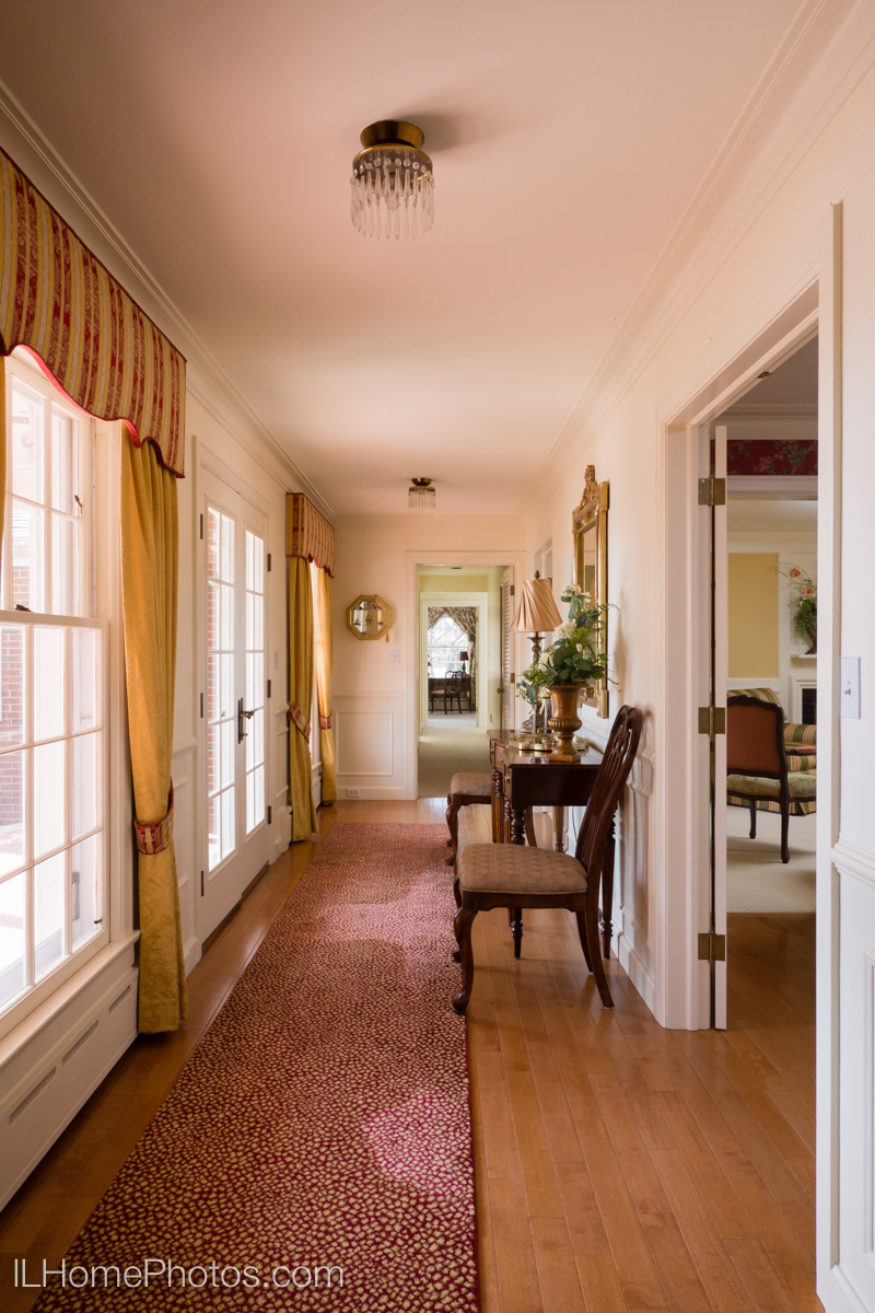 Entryway interior photograph :: Illinois Home Photography, Michael Gowin, Lincoln, IL