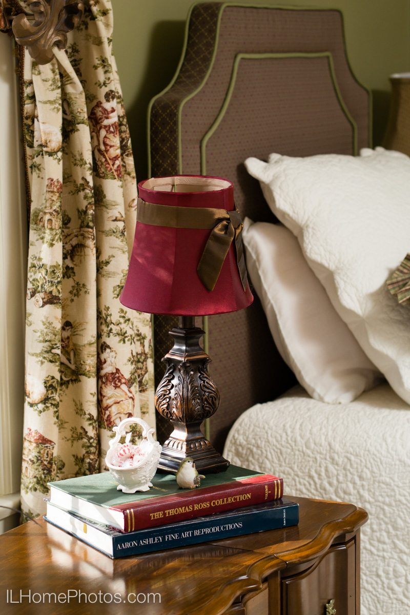 Bedroom detail interior photograph :: Illinois Home Photography, Michael Gowin, Lincoln, IL