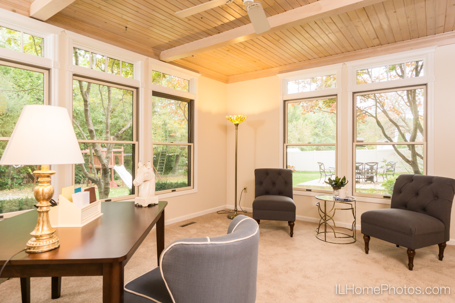 Interior office photograph for real estate in Peoria, IL :: Illinois Home Photography by Michael Gowin, Lincoln, IL