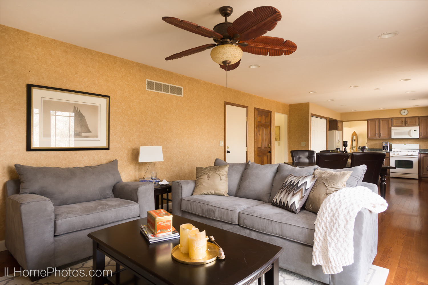Interior family room photograph for real estate in Dunlap, IL :: Illinois Home Photography by Michael Gowin, Lincoln, IL