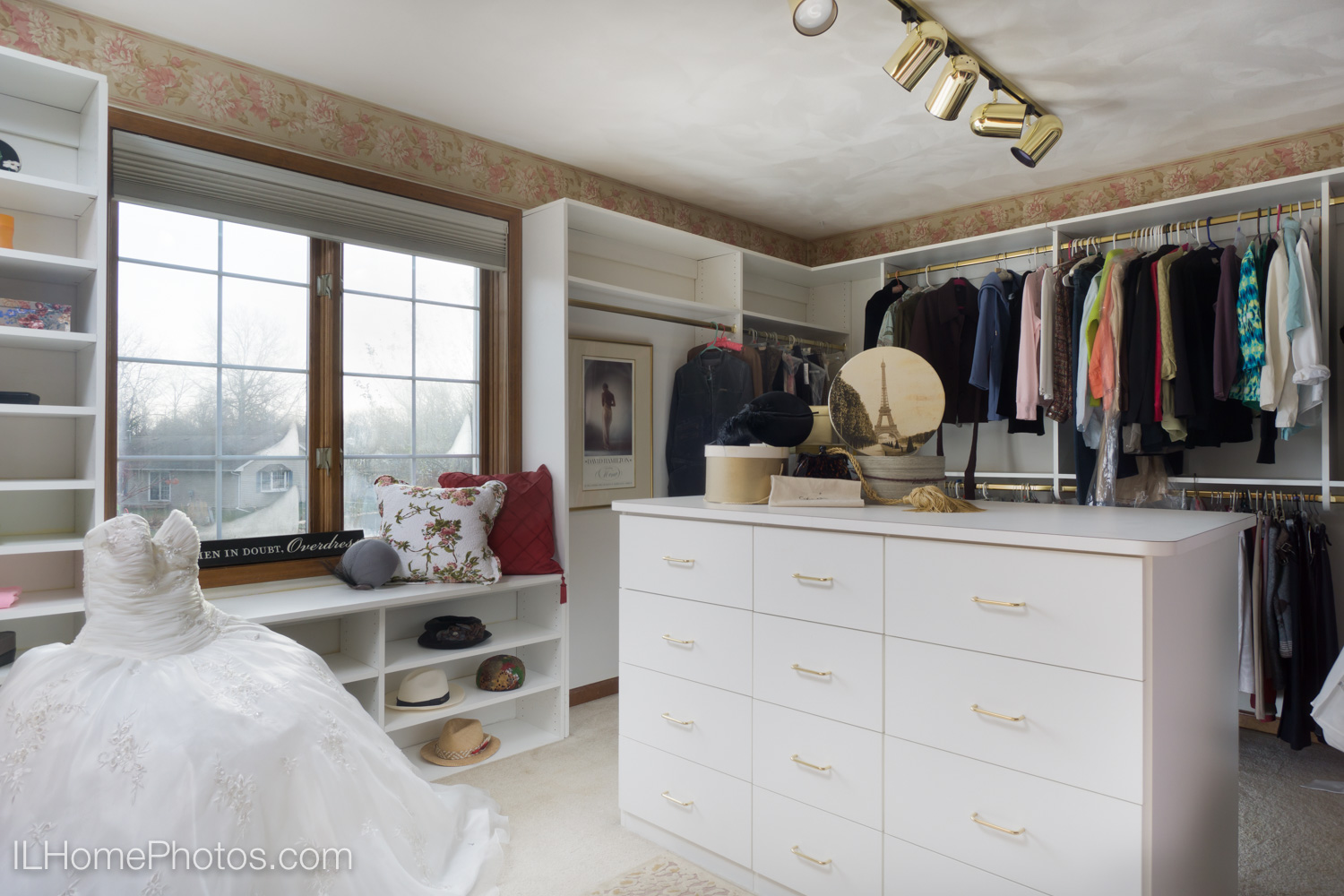 Interior walk-in closet photograph for real estate in Dunlap, IL :: Illinois Home Photography by Michael Gowin, Lincoln, IL