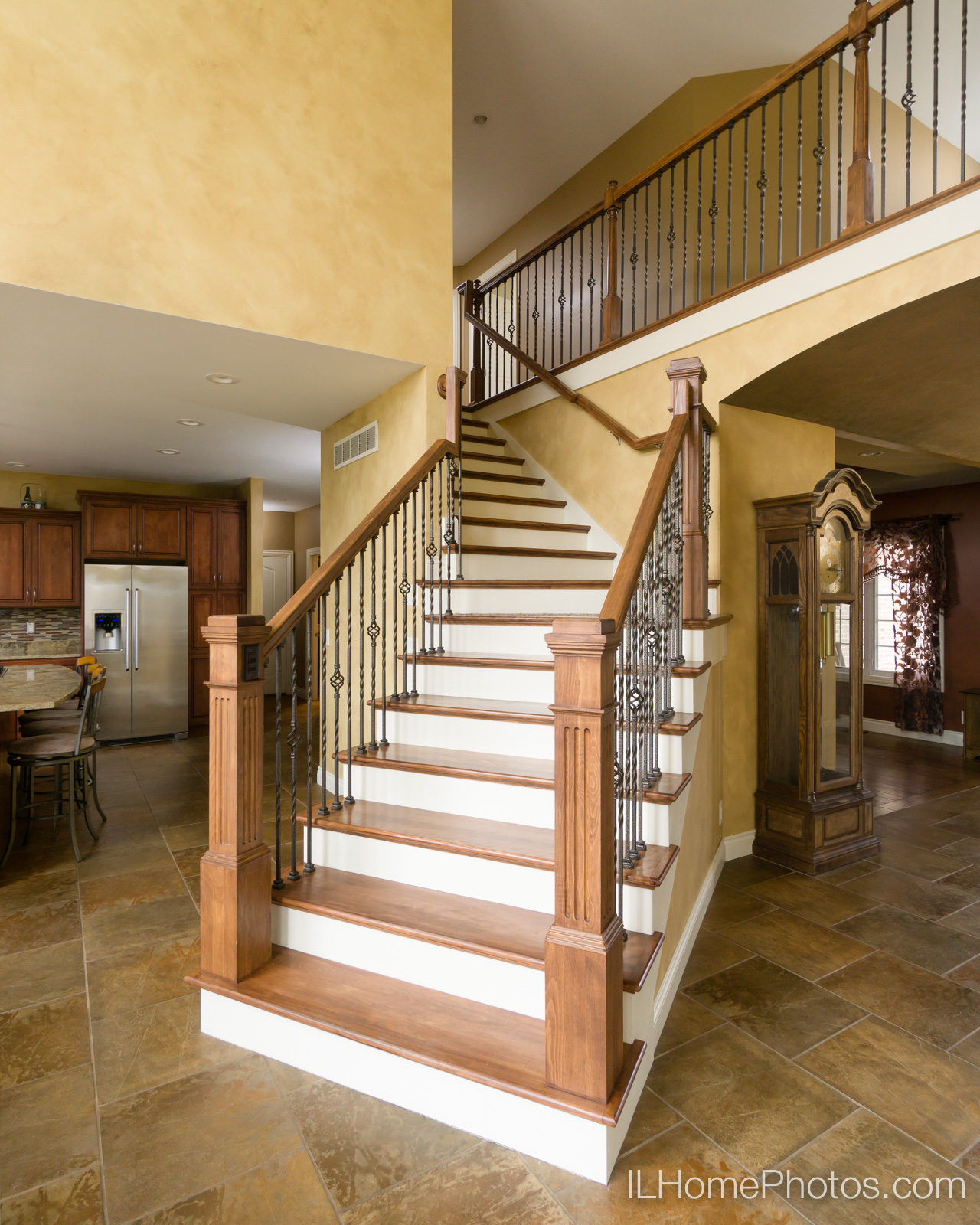 Interior stairway detail photograph for real estate :: Illinois Home Photography by Michael Gowin, Lincoln, IL