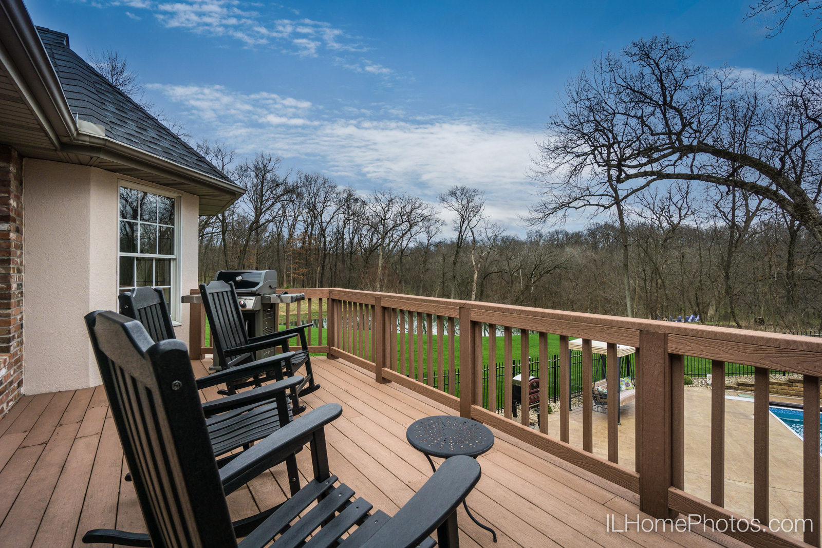 Exterior back deck photograph for real estate :: Illinois Home Photography by Michael Gowin, Lincoln, IL
