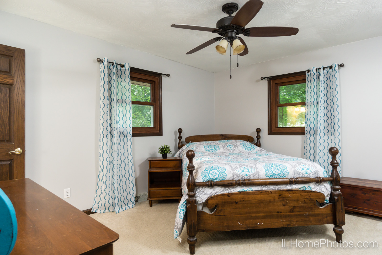 Interior master bedroom photograph for real estate in Sherman, IL :: Illinois Home Photography by Michael Gowin, Lincoln, IL