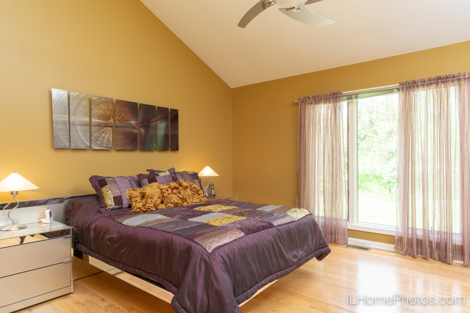 Interior master bedroom photograph for real estate in Mt Zion, IL :: Illinois Home Photography by Michael Gowin, Lincoln, IL
