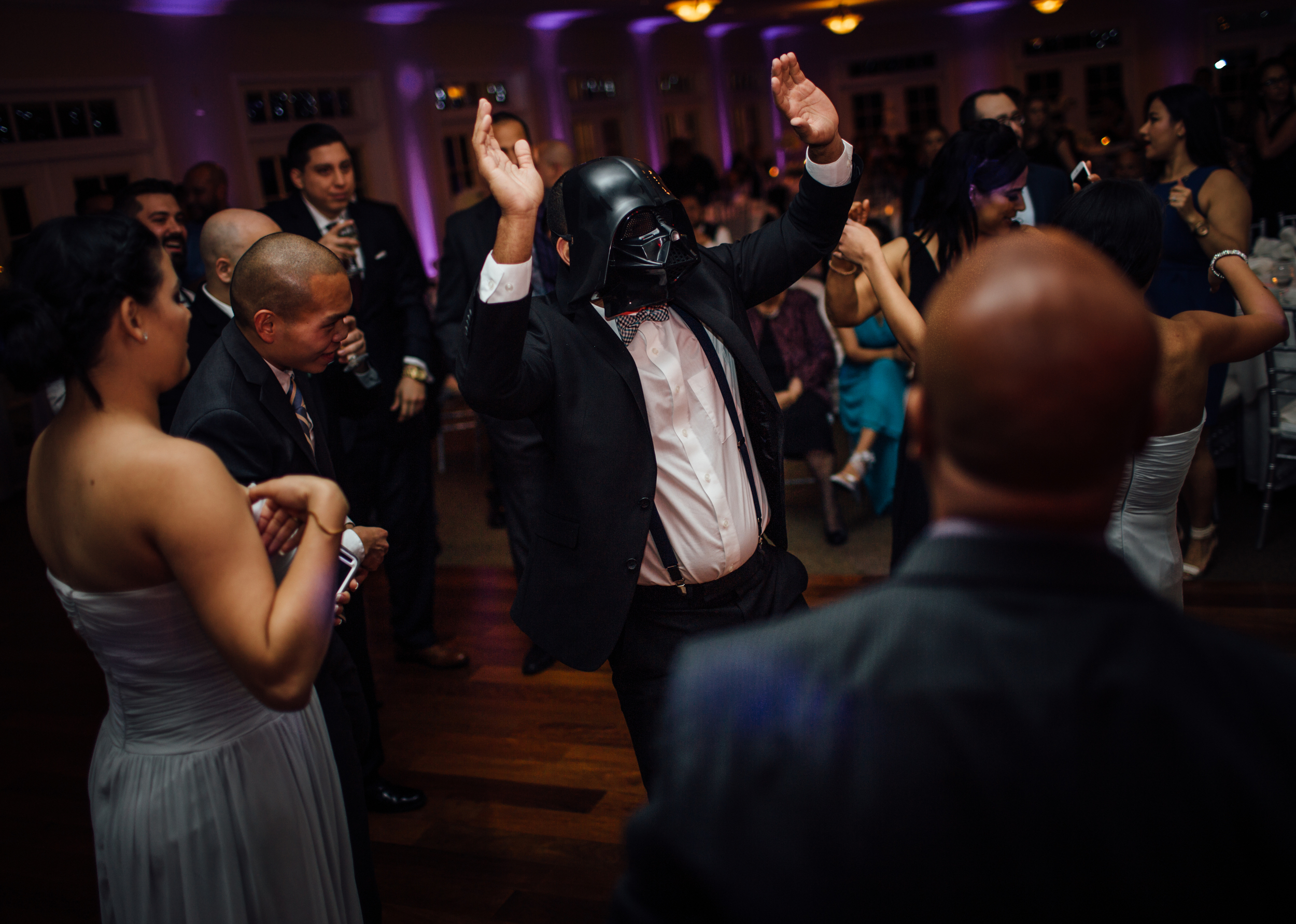 darth vader dancing at wedding | vanessaboy.com