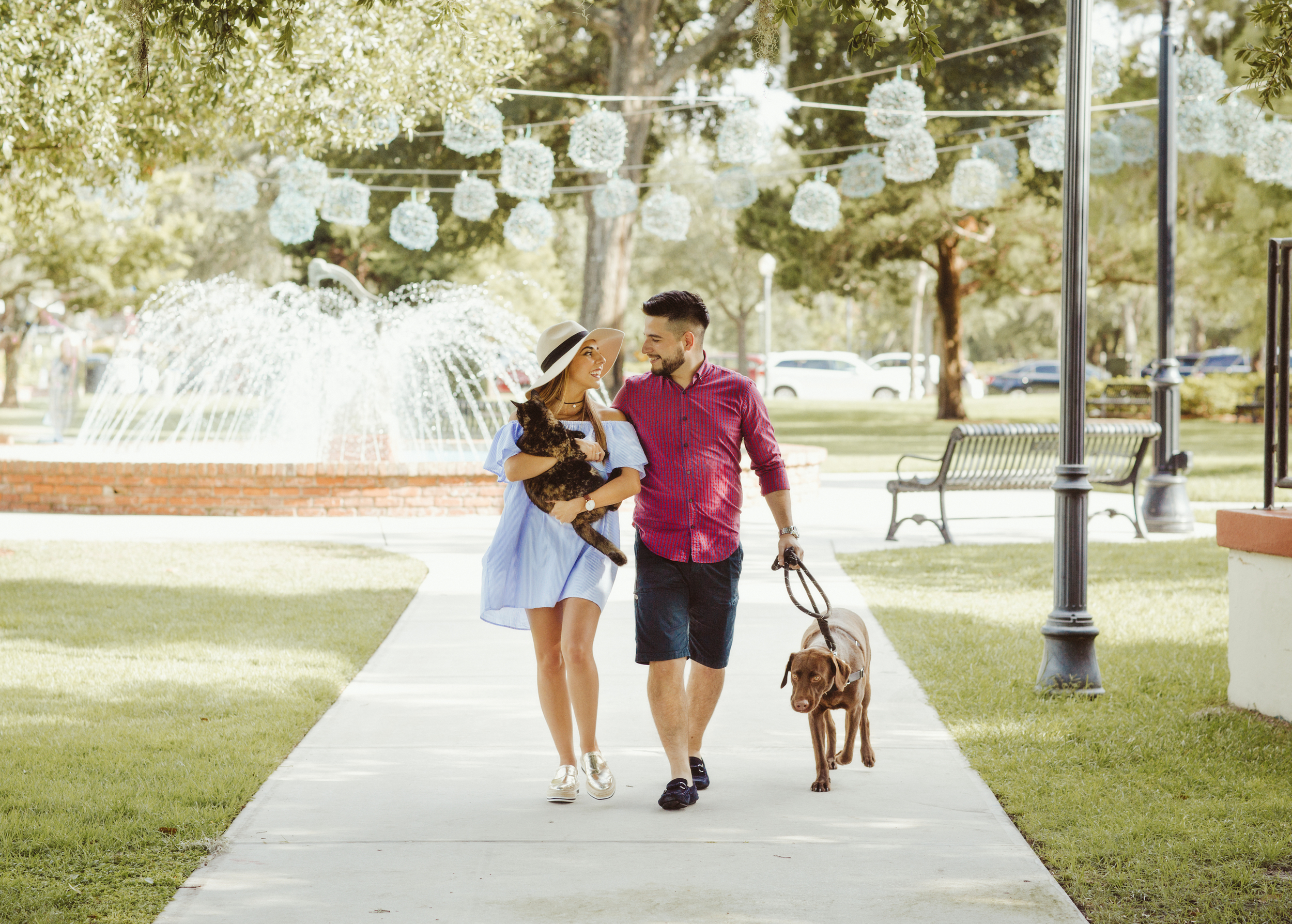 Engagement Session with pets | vanessaboy.com