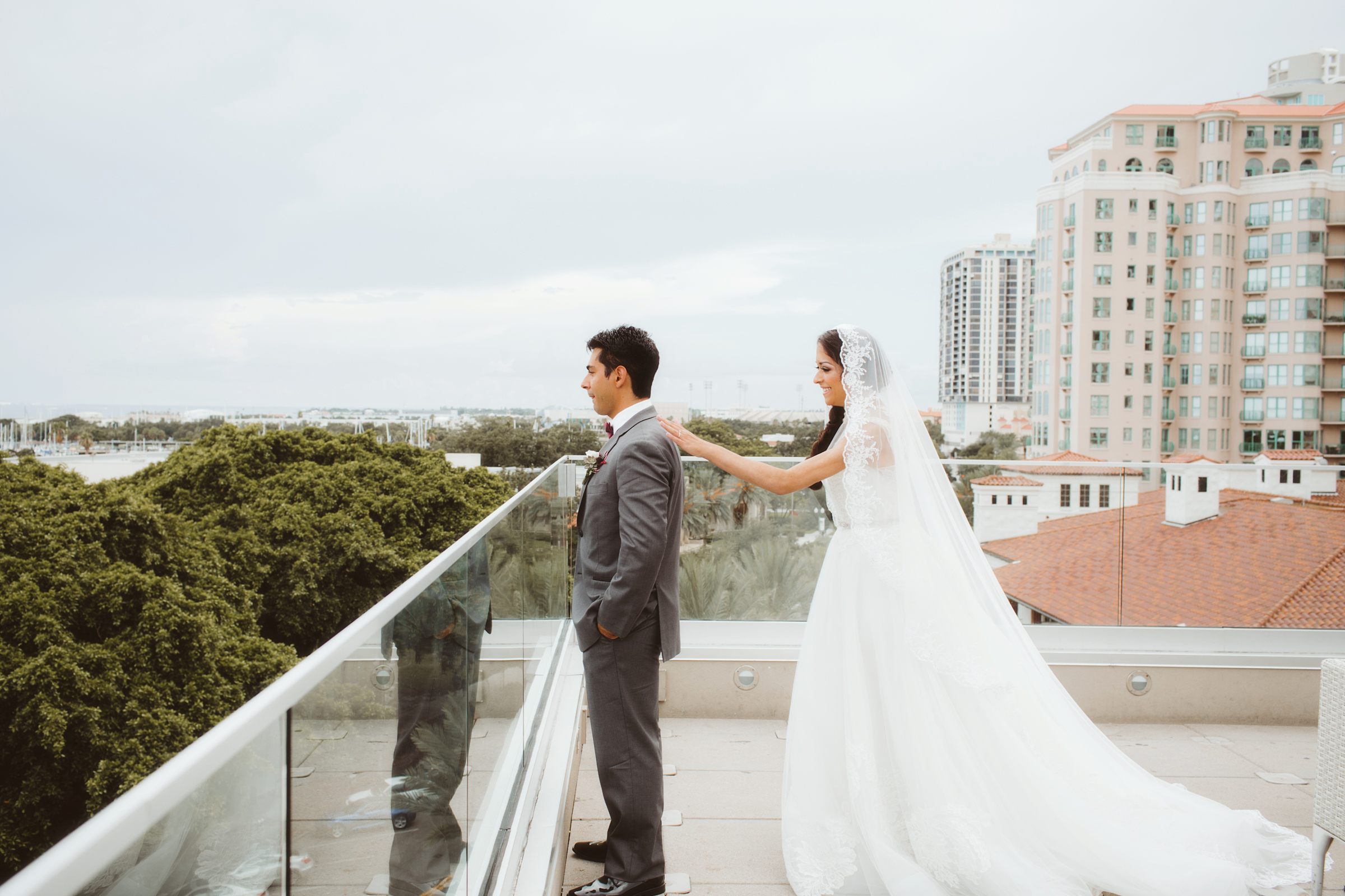 wedding day | MFA St Pete | Vanessa Boy Photography | vanessaboy.com-143.com |final.jpg