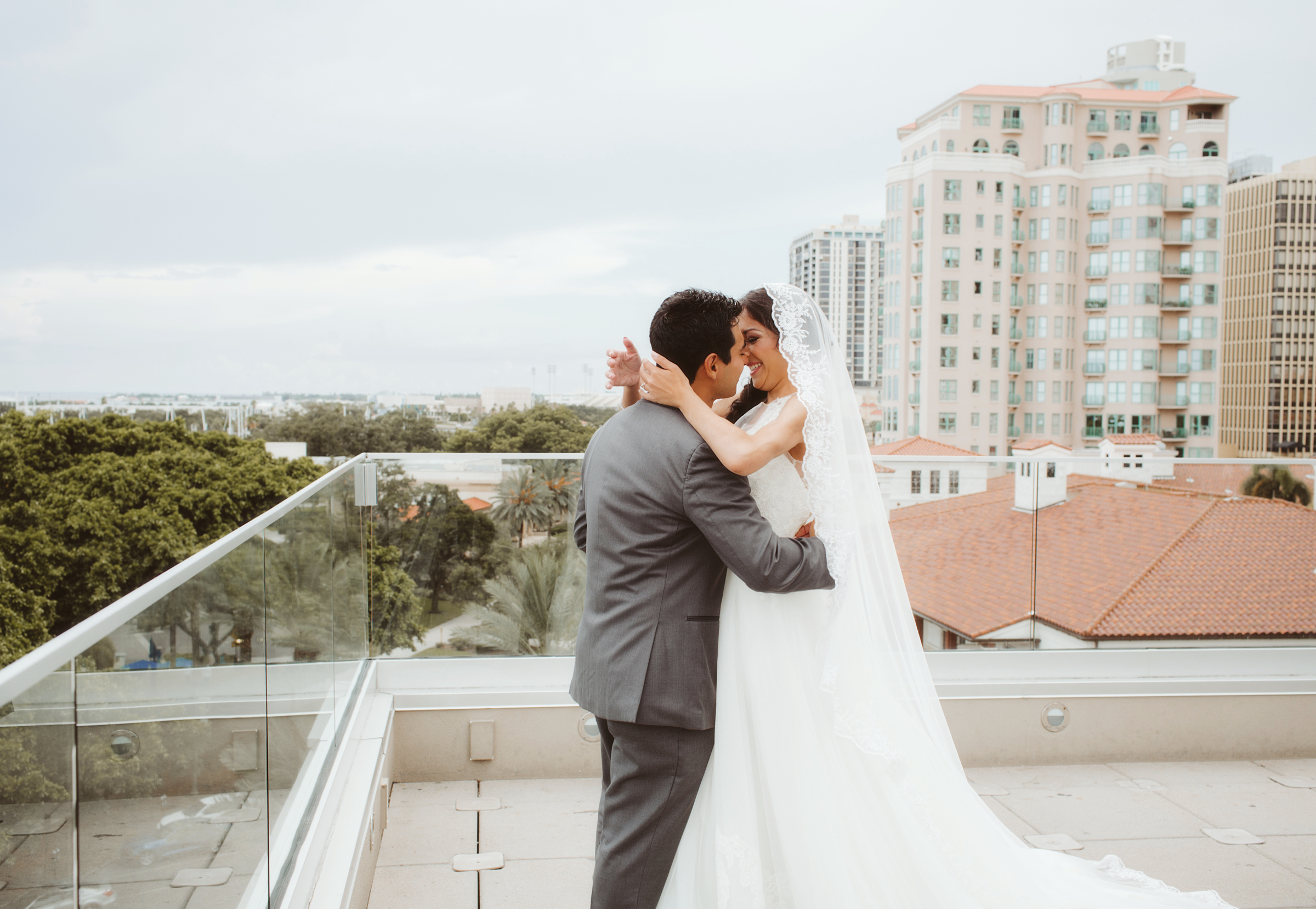wedding day | MFA St Pete | Vanessa Boy Photography | vanessaboy.com-148.com |final.jpg