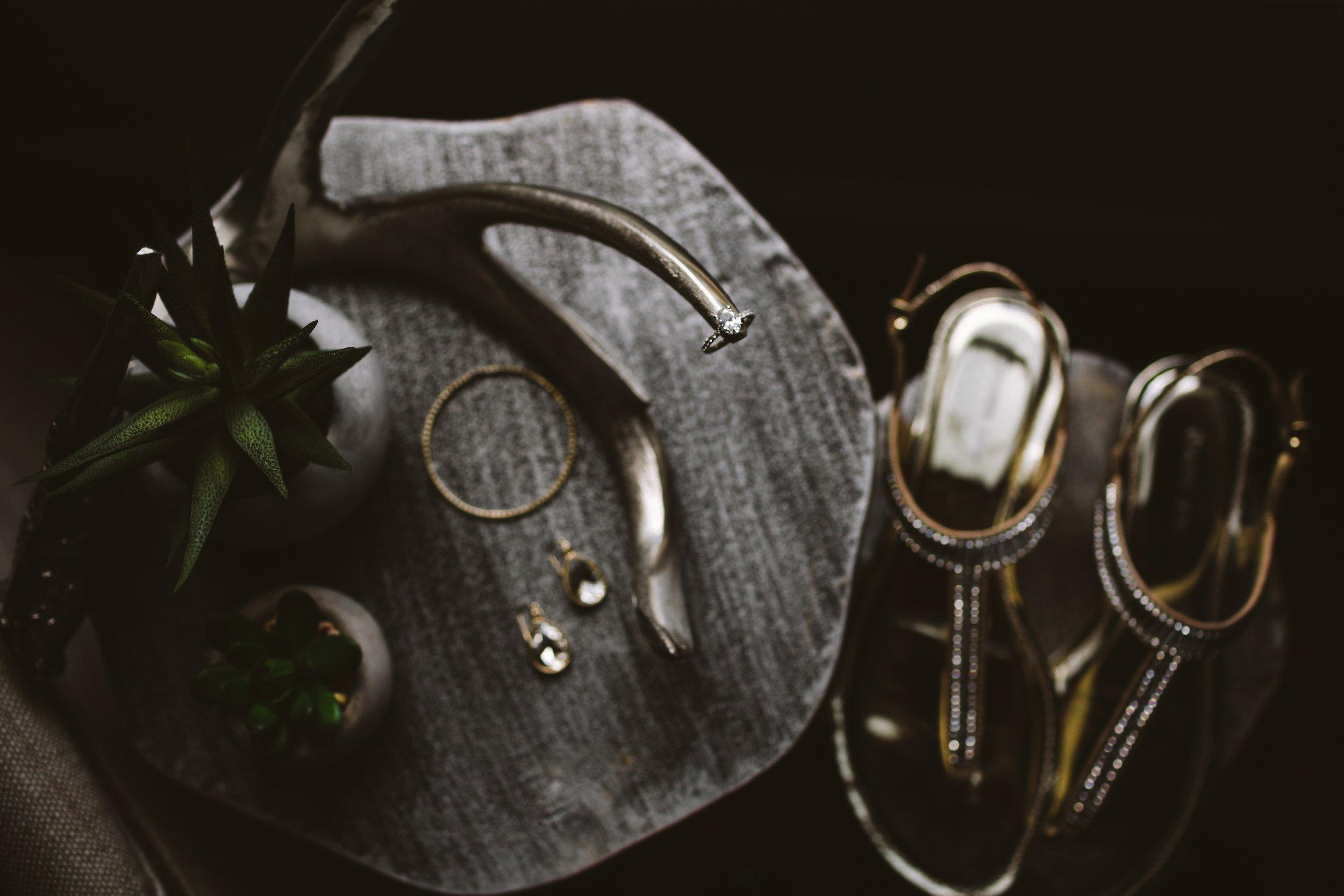 Wedding Details | Unique Ring Shot | Vanessa Boy