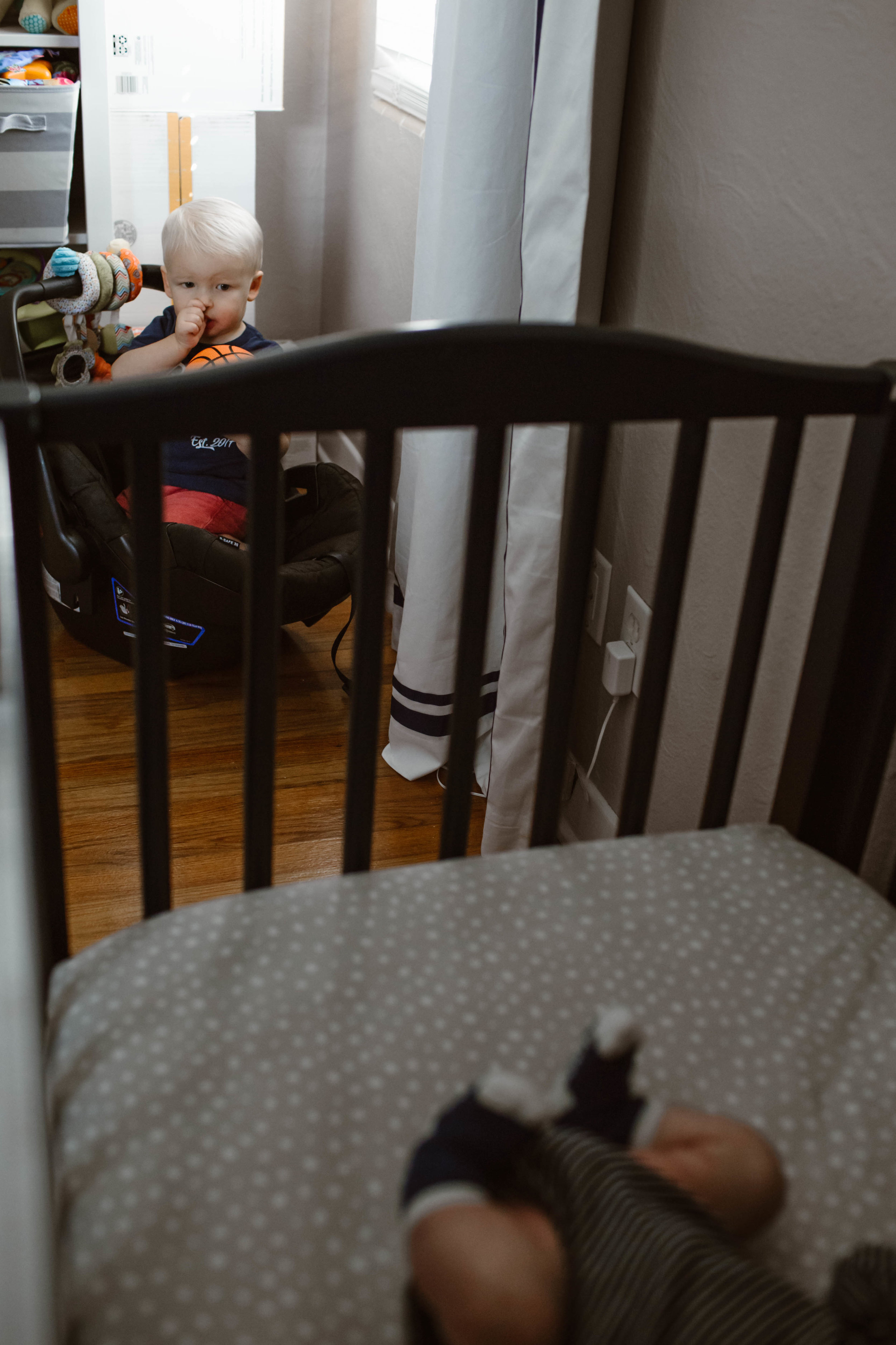 In-Home Newborn Lifestyle Session | © Vanessa Boy | vanessaboy.com-57.jpg