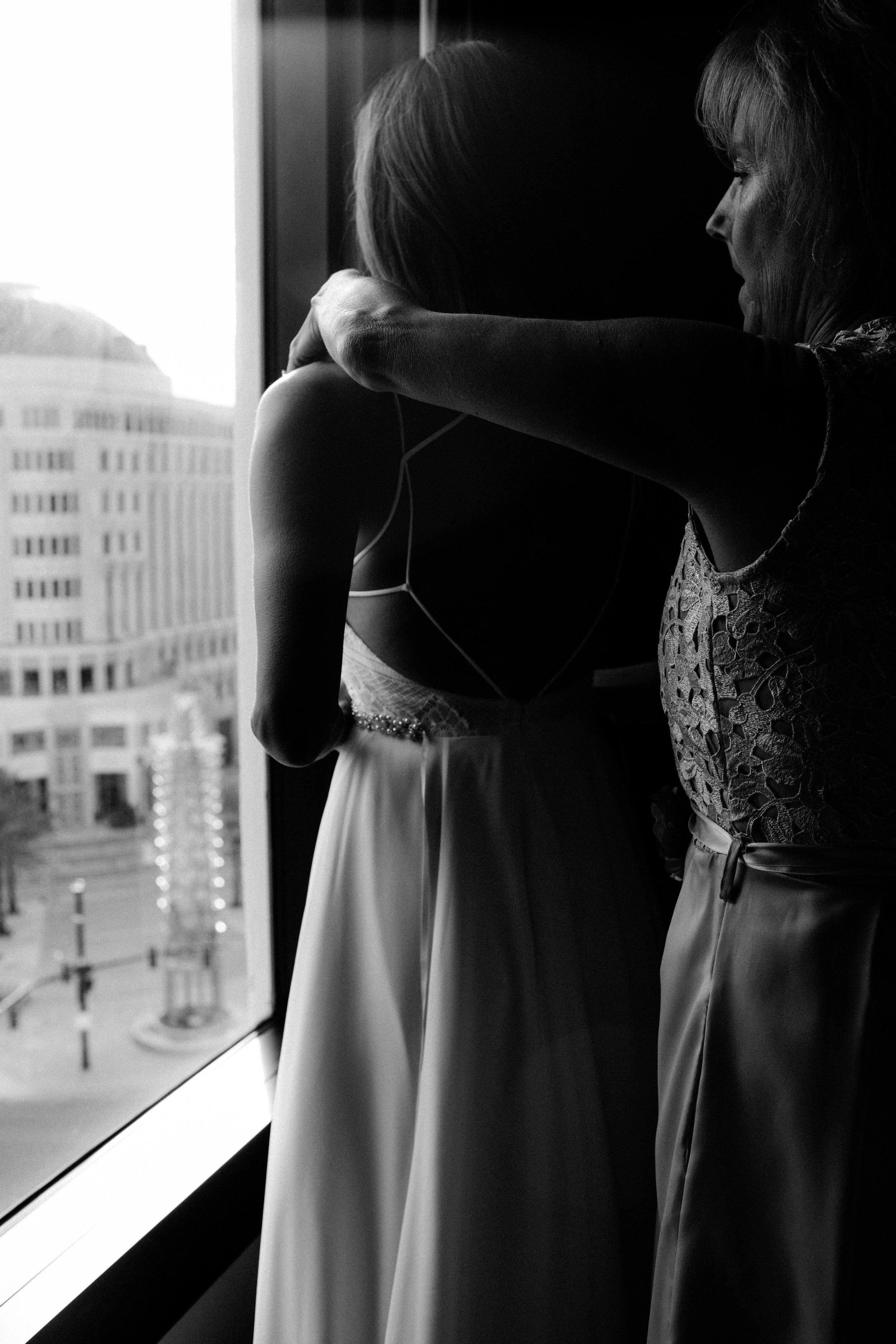 Bride Get Ready   Nicholas and Jessica   Wedding   Downtown Orlando   Captured by Vanessa Boy  Vanessaboy.com (146 of 89)web.jpg