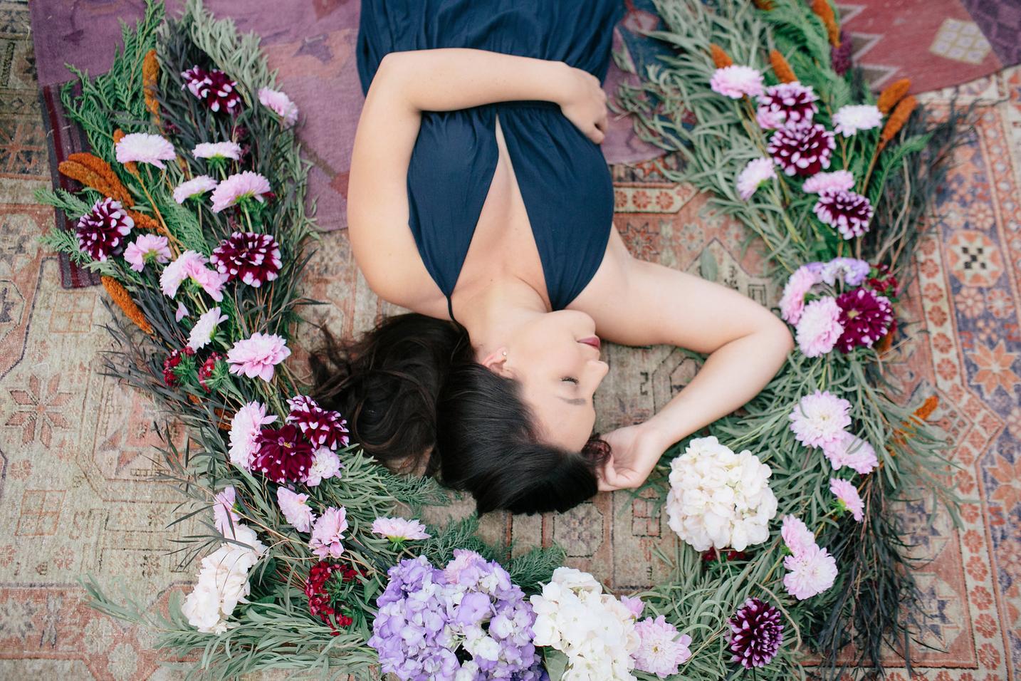 the-design-hunters-floral-hunters-suprise-engagement-7