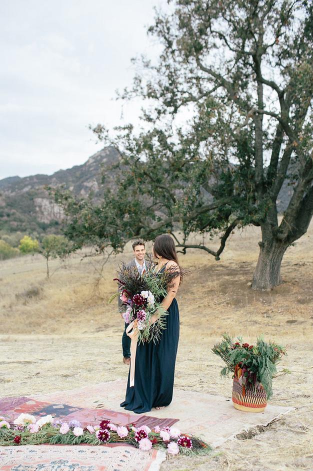 the-design-hunters-floral-hunters-suprise-engagement-11