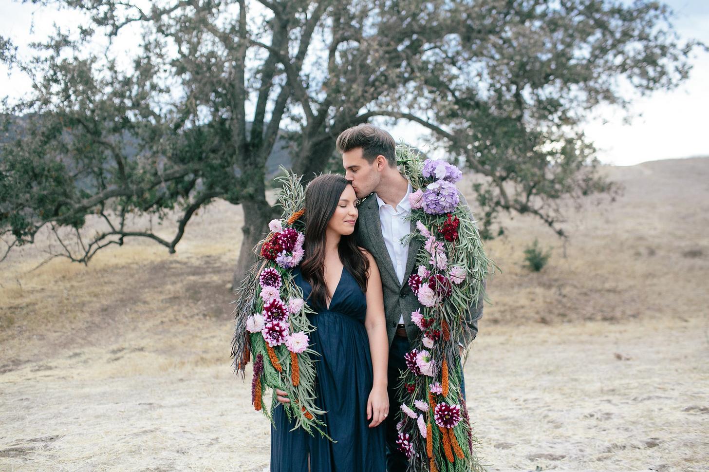 the-design-hunters-floral-hunters-suprise-engagement-17
