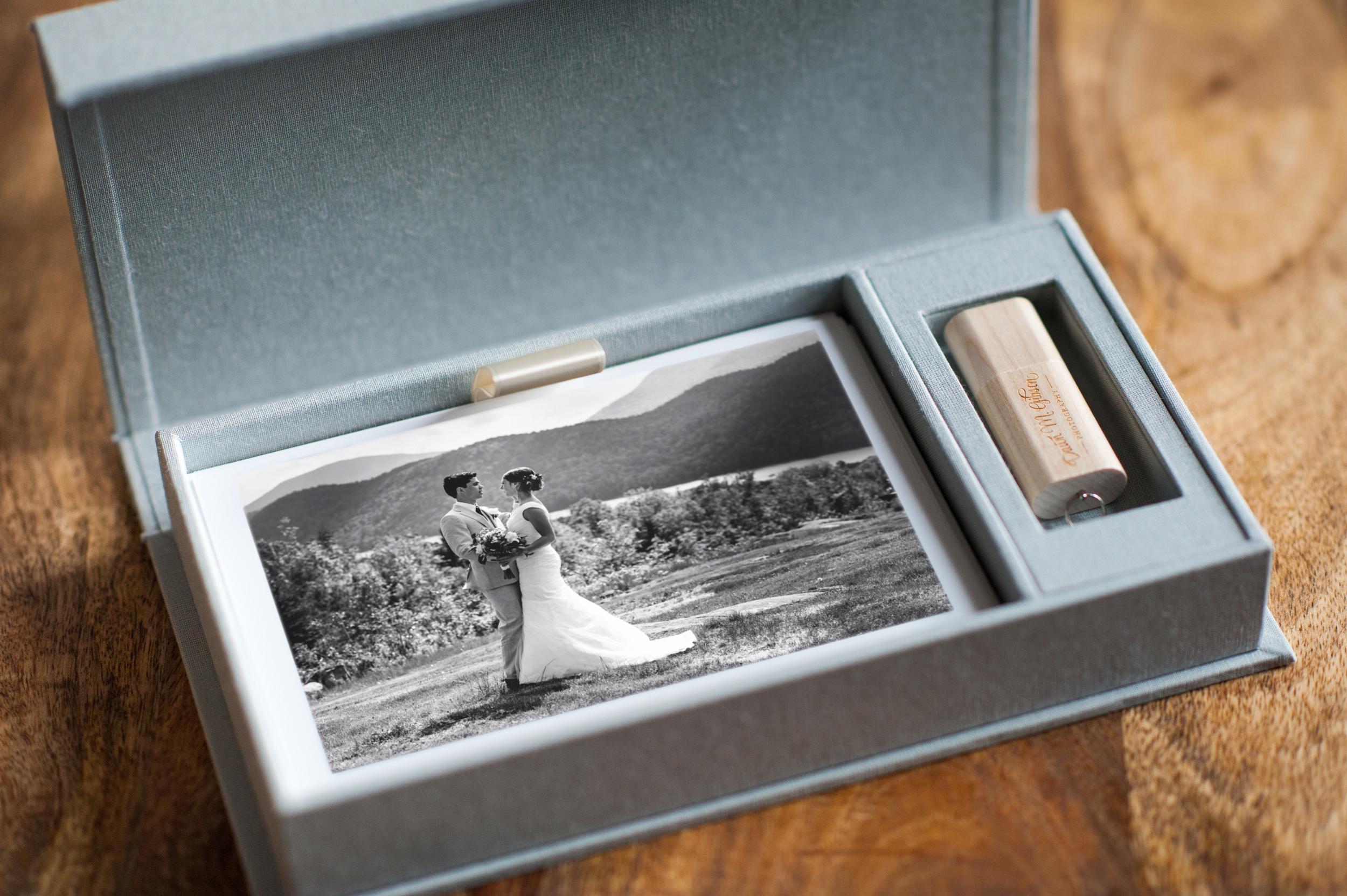 DawnMGibsonPhotography-LinenBox-3b.jpg