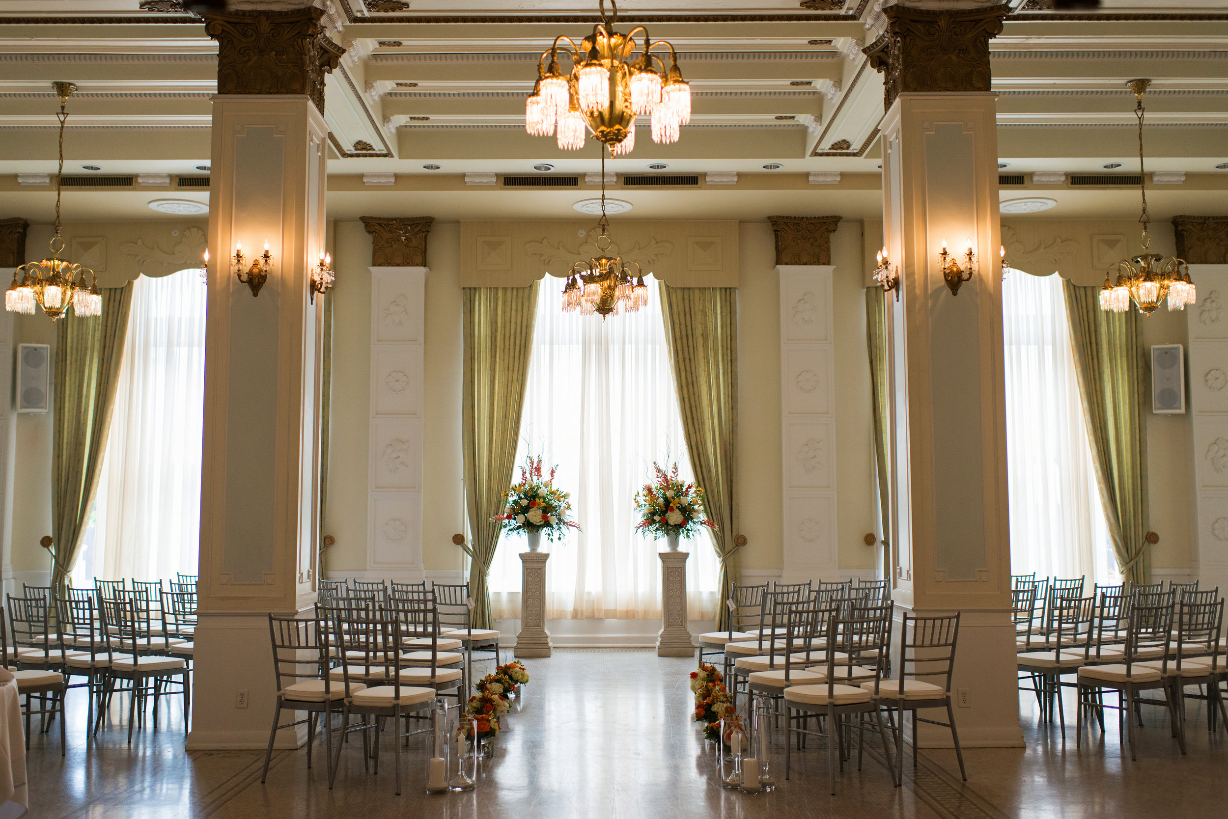 buffalo_wedding_venue_hotel_at_the_lafayette_dawnmgibsonphotography_2.jpg