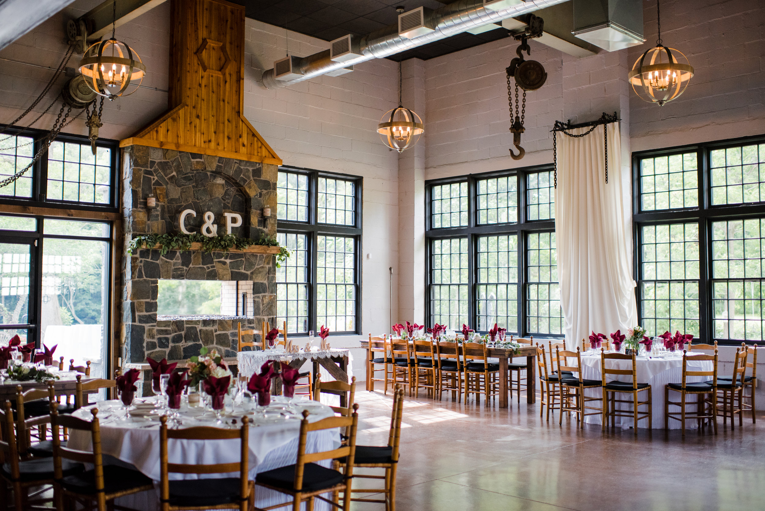 Historic & Charming New York Wedding Venues That Can Host
