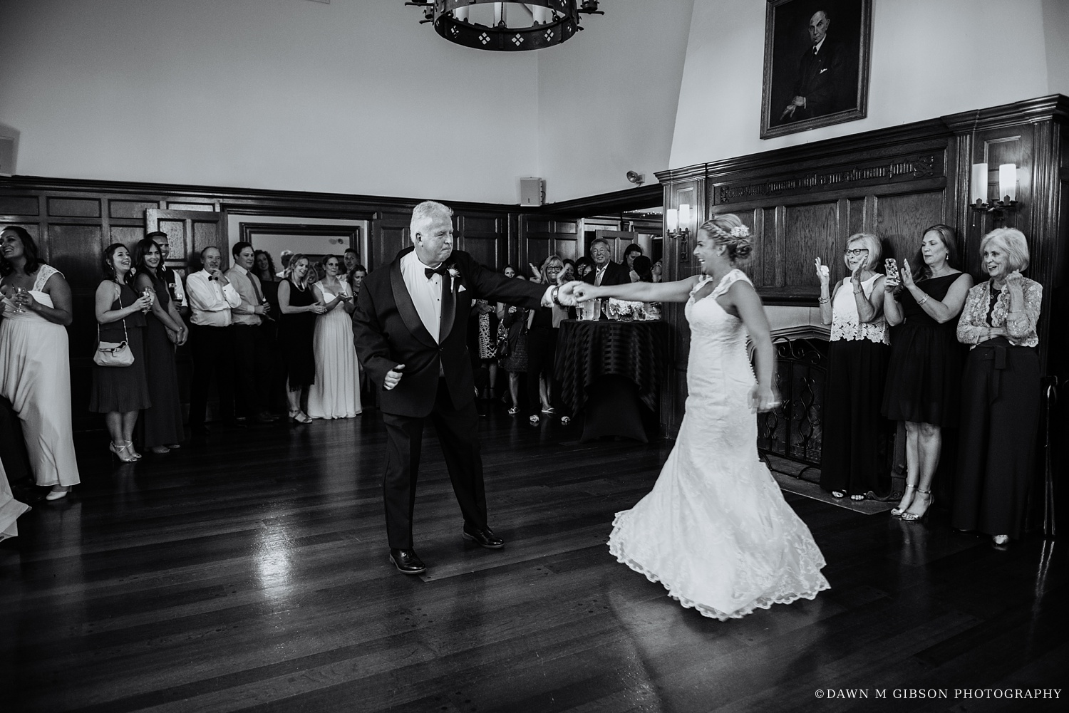 buffalo_wny_rochester_wedding_photographer_dawnmgibsonphotography_strathallan_colgate_rochester_divinity_rochester_wedding_venues_0082.jpg