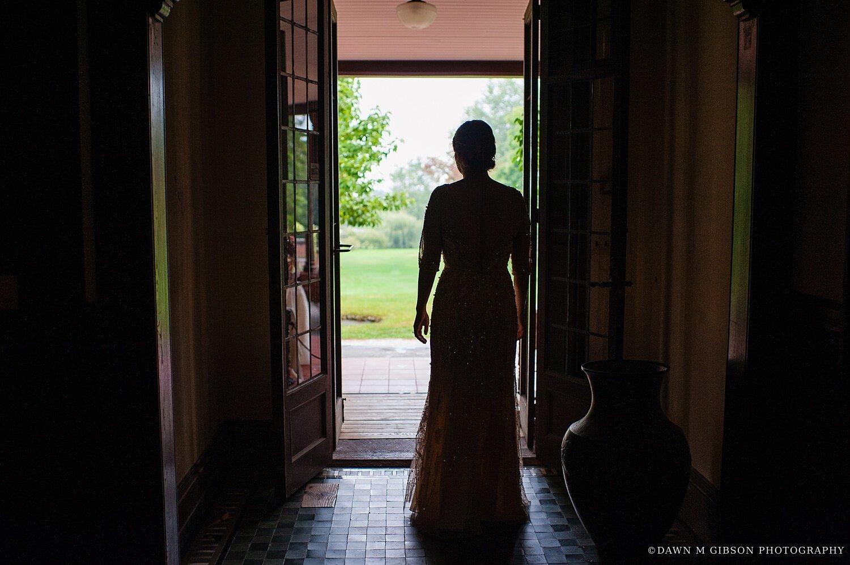 finger-lakes-newyork-wedding-photographer-sonnenberg-gardens-wedding-gold-wedding-dress-jenna-daniel_0021.jpg