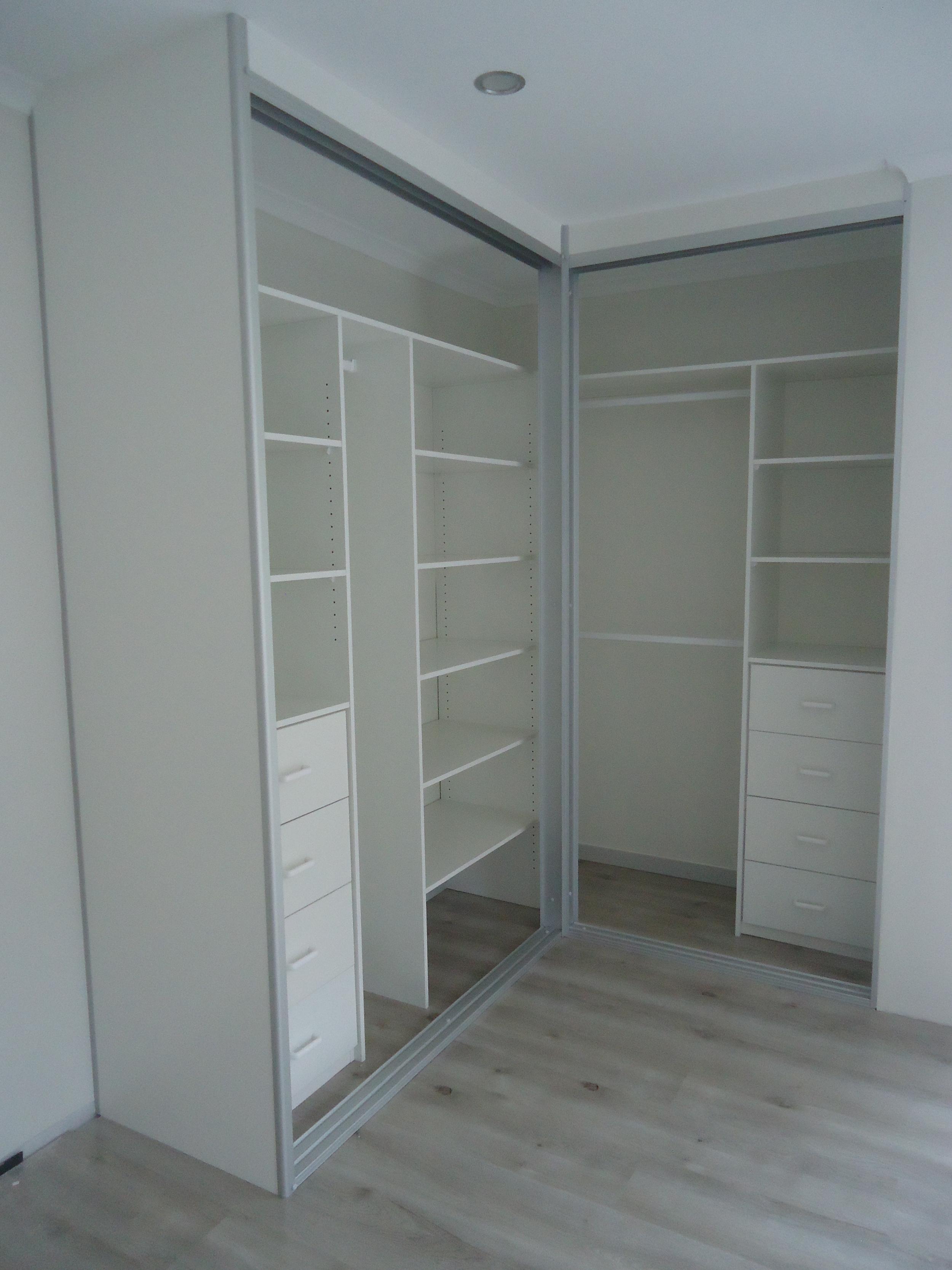 corner wardrobe internals.JPG