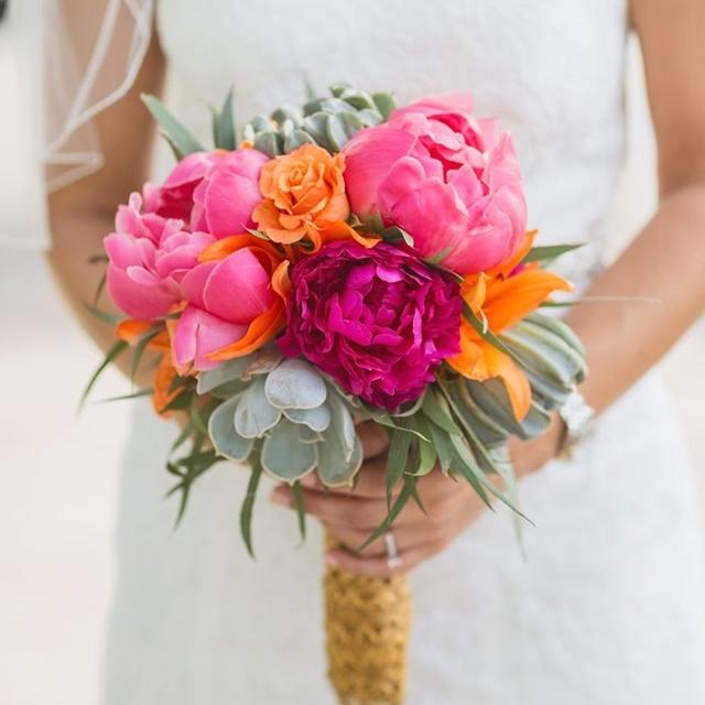 Hot-Pink-Orange-Bridal-Bouqet.jpg