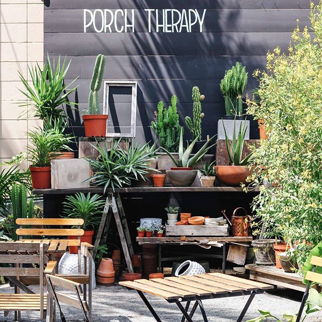 It's a beautiful day for a beautiful day 🌿 Nothing beats this patio weather we're having at @eastendmkt!