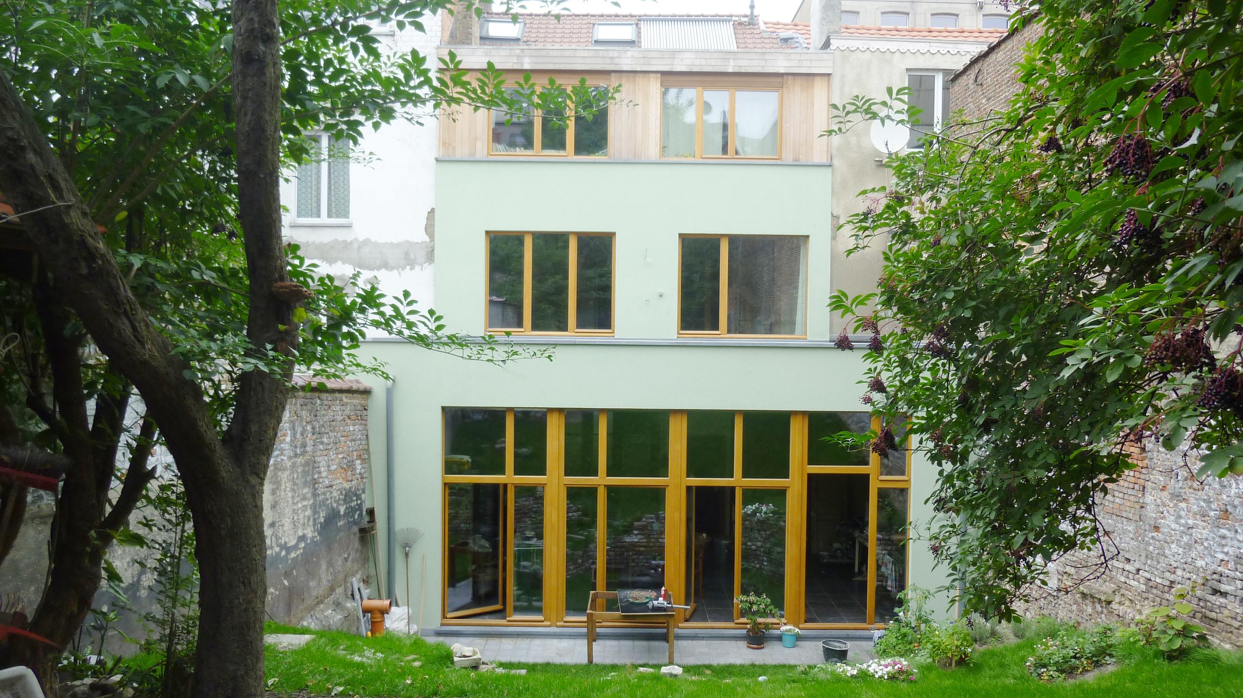 3.facade arrière fibre de bois enduit + ossature bois.JPG
