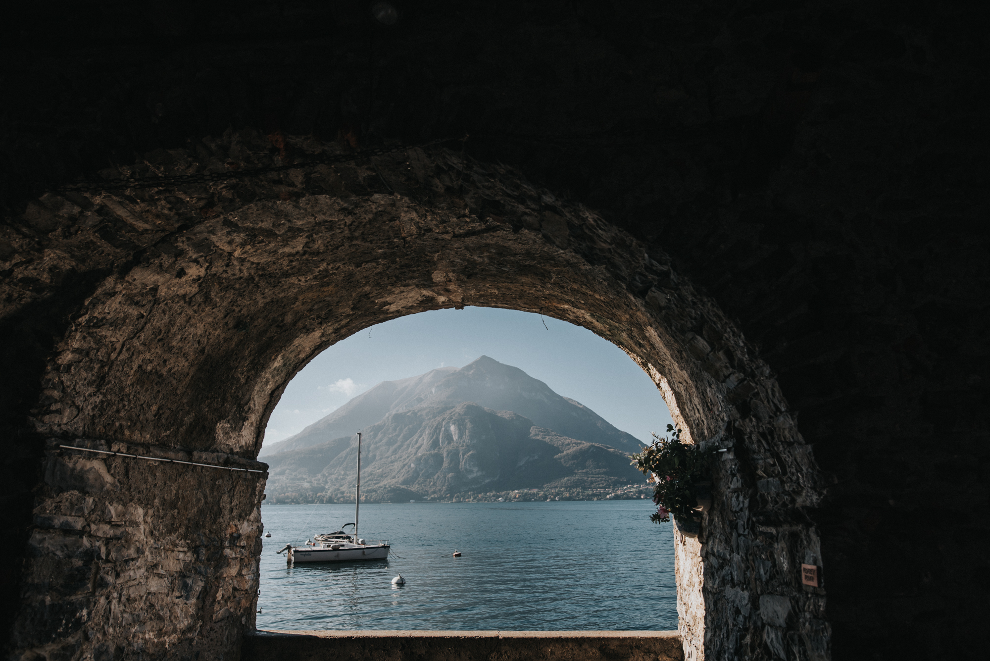 lake como adventure photographer