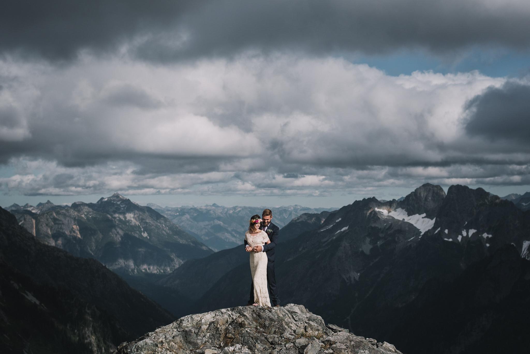 Sahale Arm Elopement In The North Cascades, Washington | Taylor & David