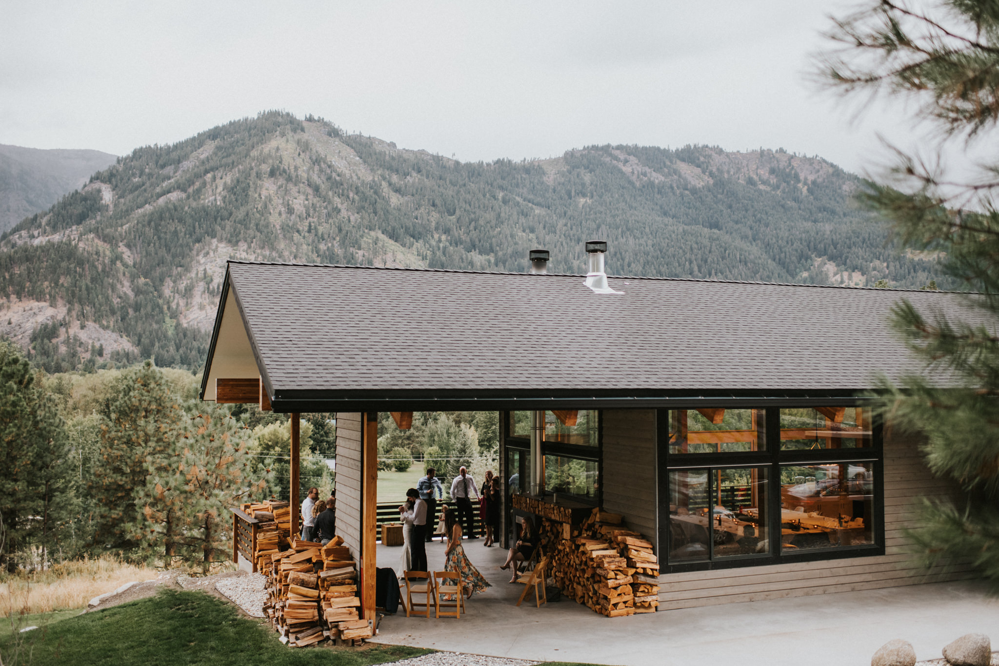 NaMu Lodge Leavenworth Washington Intimate Destination Wedding