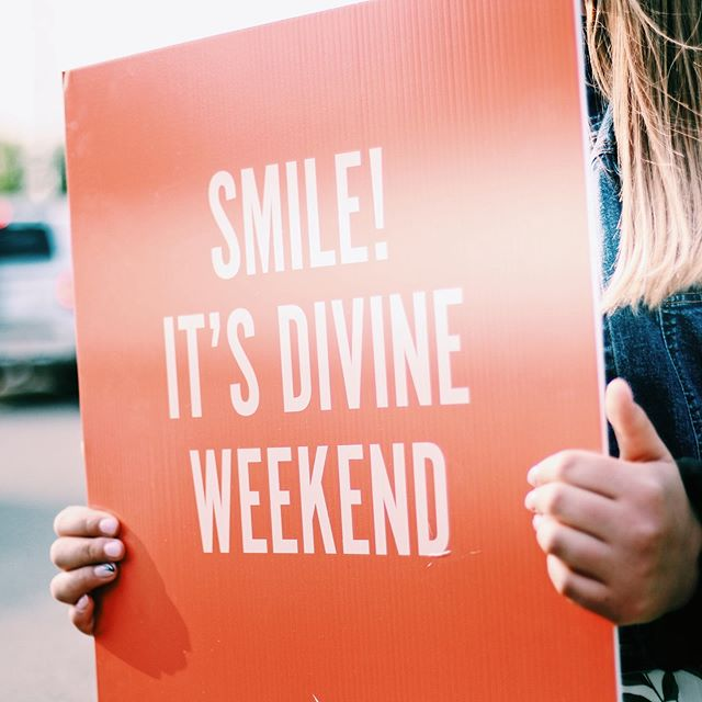 Get ready to kick off another awesome morning! Let's see those smiles divine ladies! #divineconf