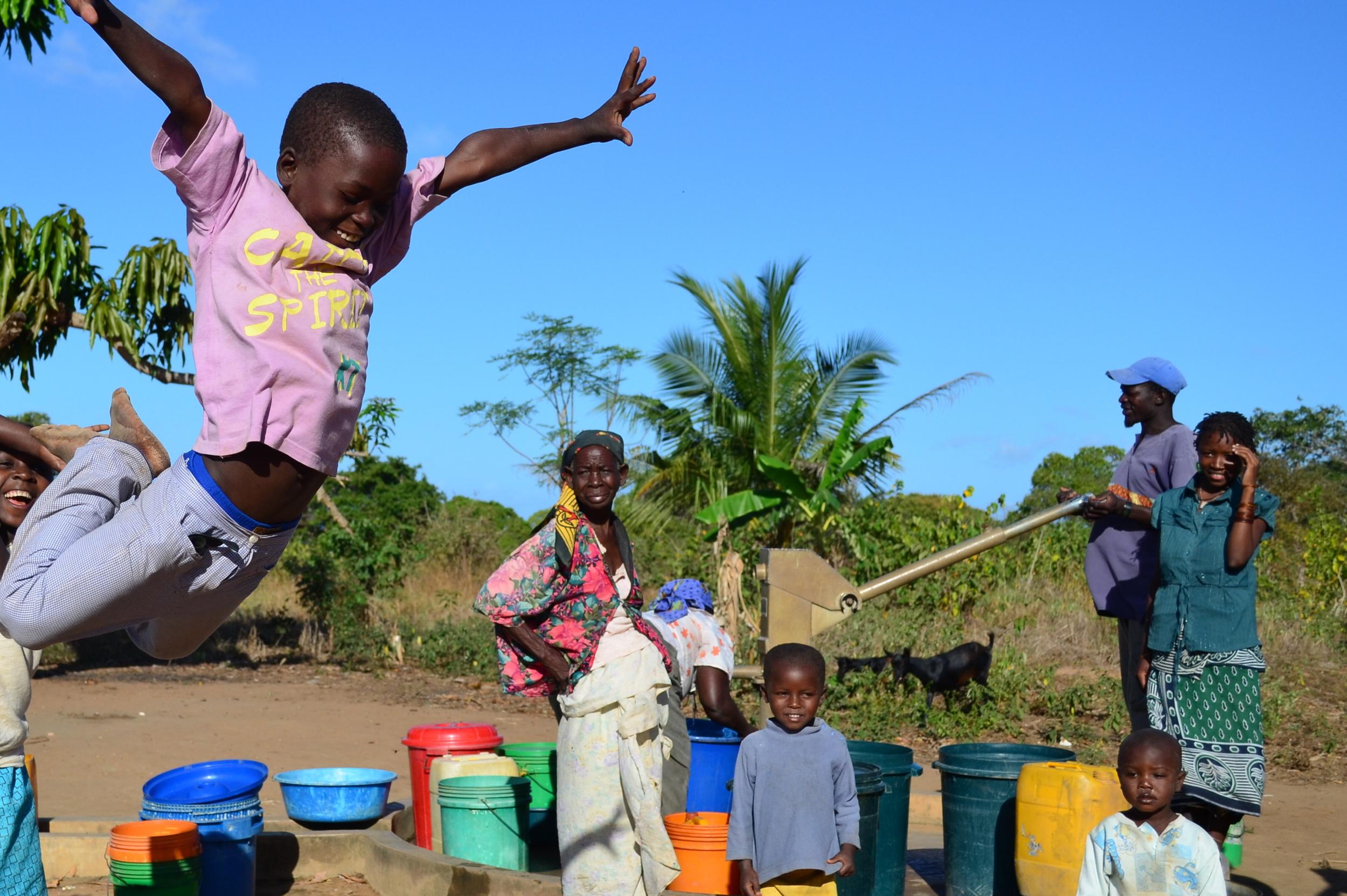 Water and kid jumping.JPG