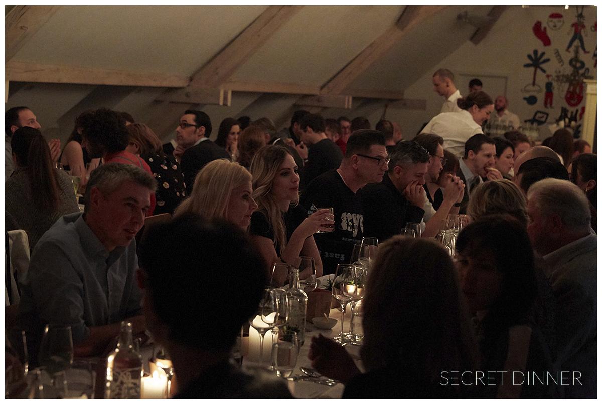_K6A7384_Secret_Dinner_Leerstand_Schrift_133.jpg